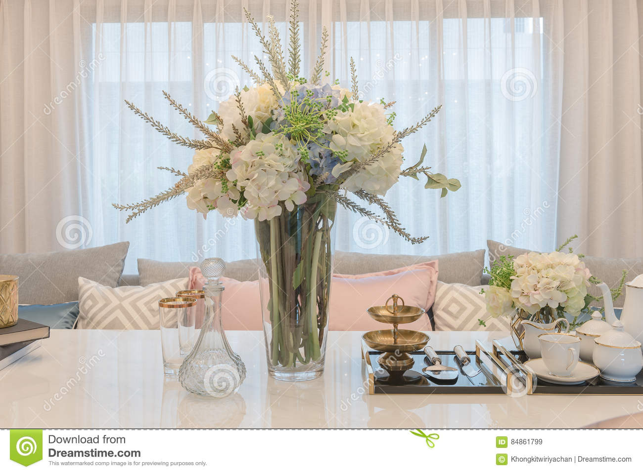 Luxury Table Set On Dinnig Table With Vase Of Flower In Dining R Stock Image Image Of Home Knife 84861799