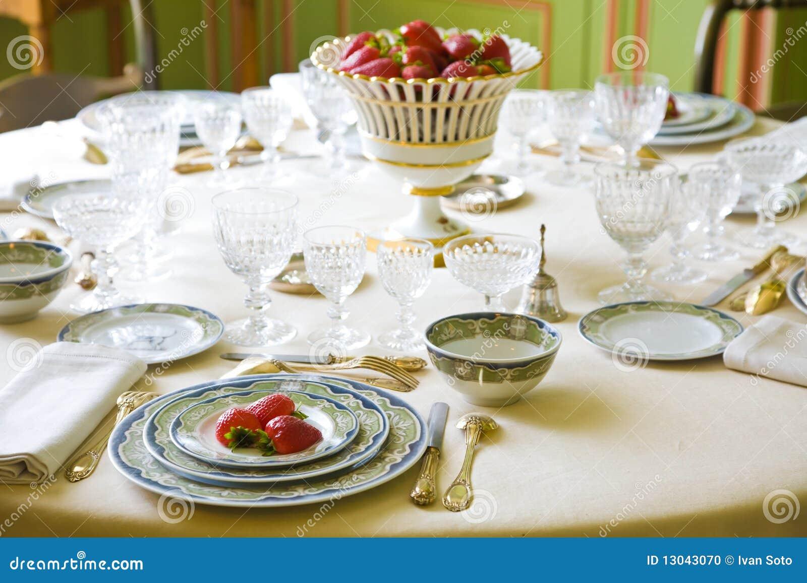 Luxury Table Setting Stock Photo Image 13043070 & Luxury Table Settings - Castrophotos