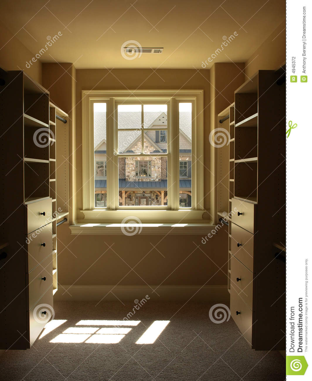 Luxury Walk In Closet Luxury Walk In Closet Stock Photography Image 4945372