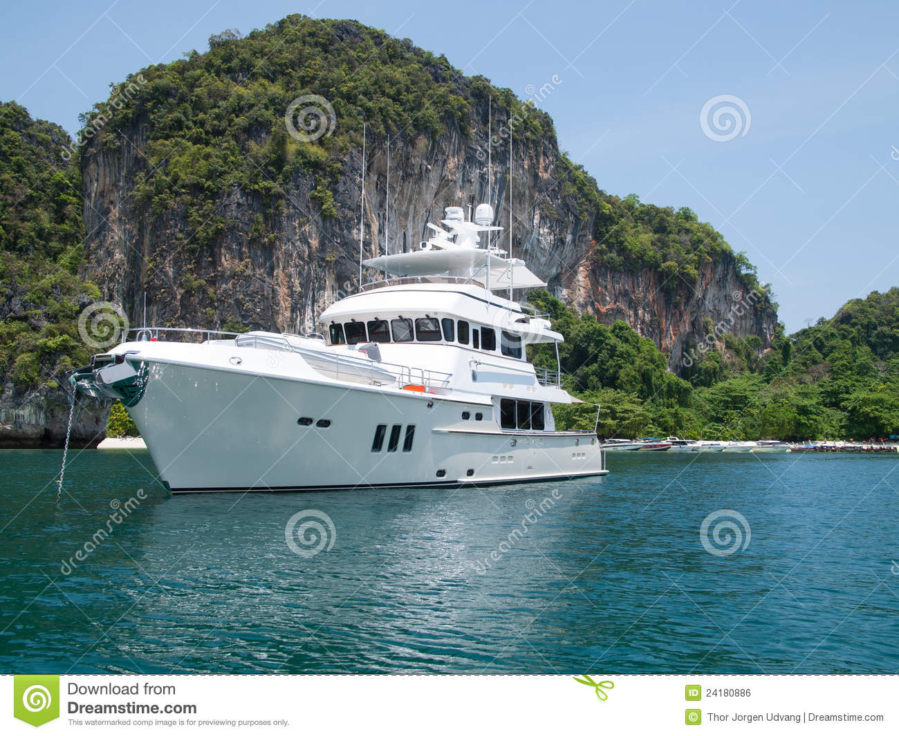 Yacht Island luxury yacht at tropical island royalty free stock image - image