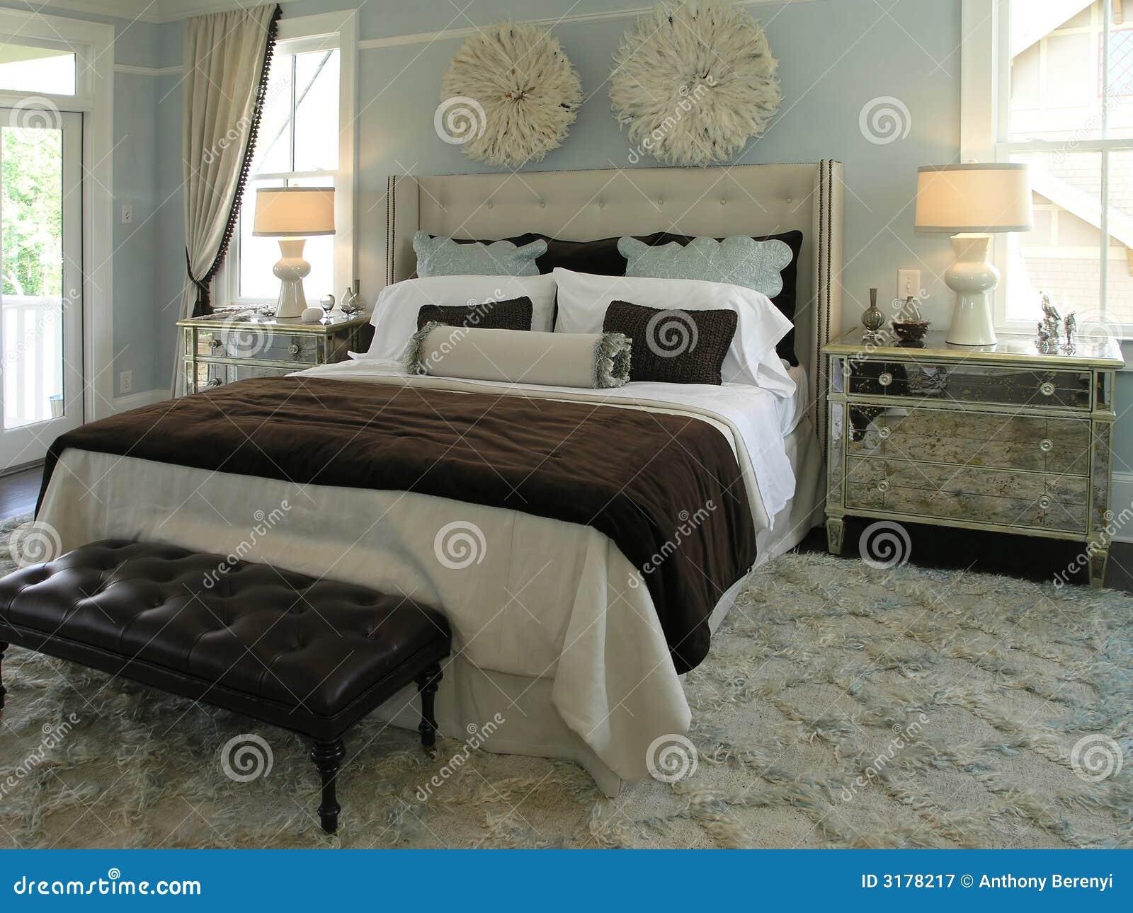 Luxus 4 - Schlafzimmer 1 Lizenzfreie Stockfotografie ...