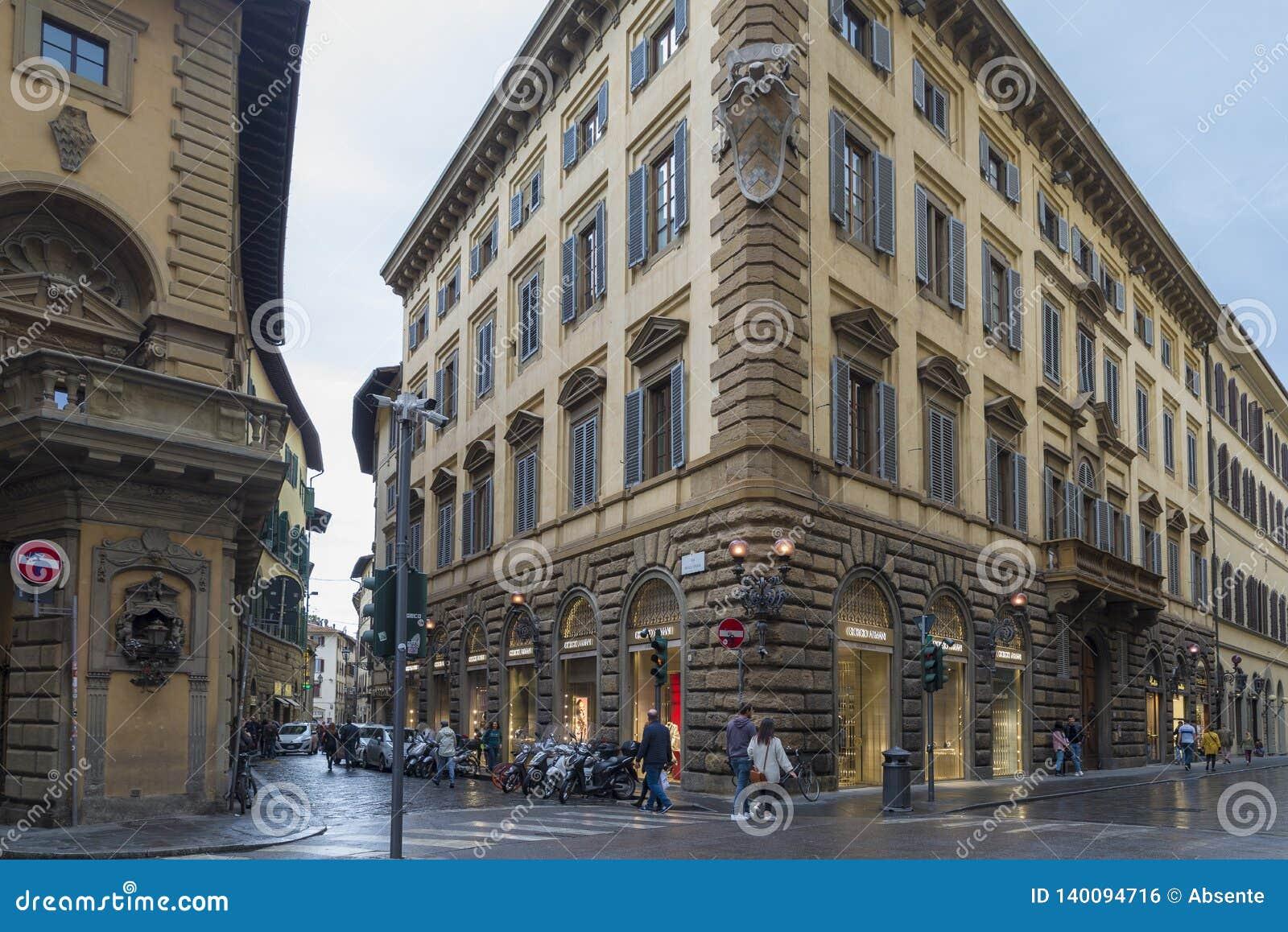 Luxusboutiquen entlang Florenz prestigevoll über De 'Tornabuoni