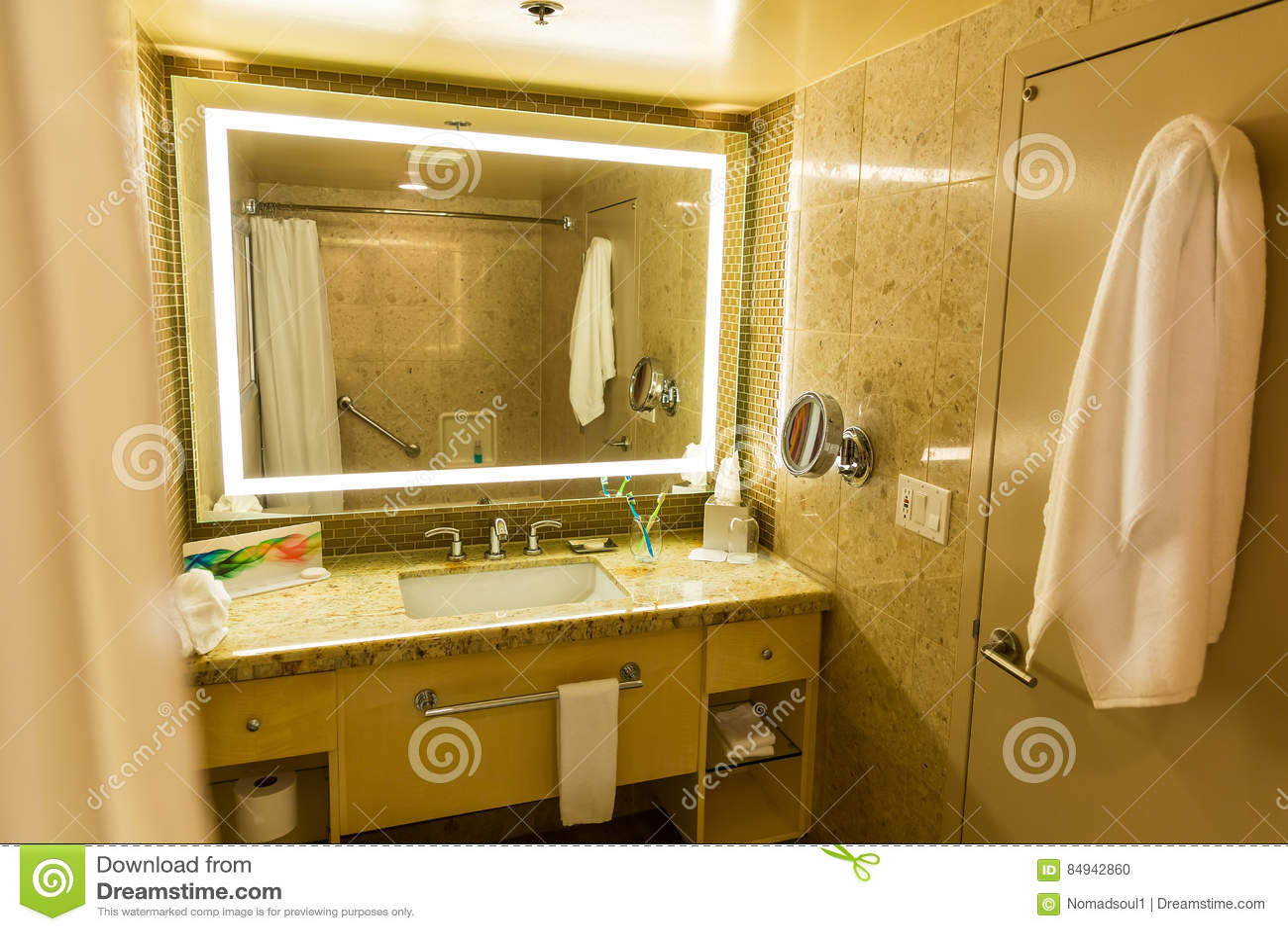 würmer in der toilette