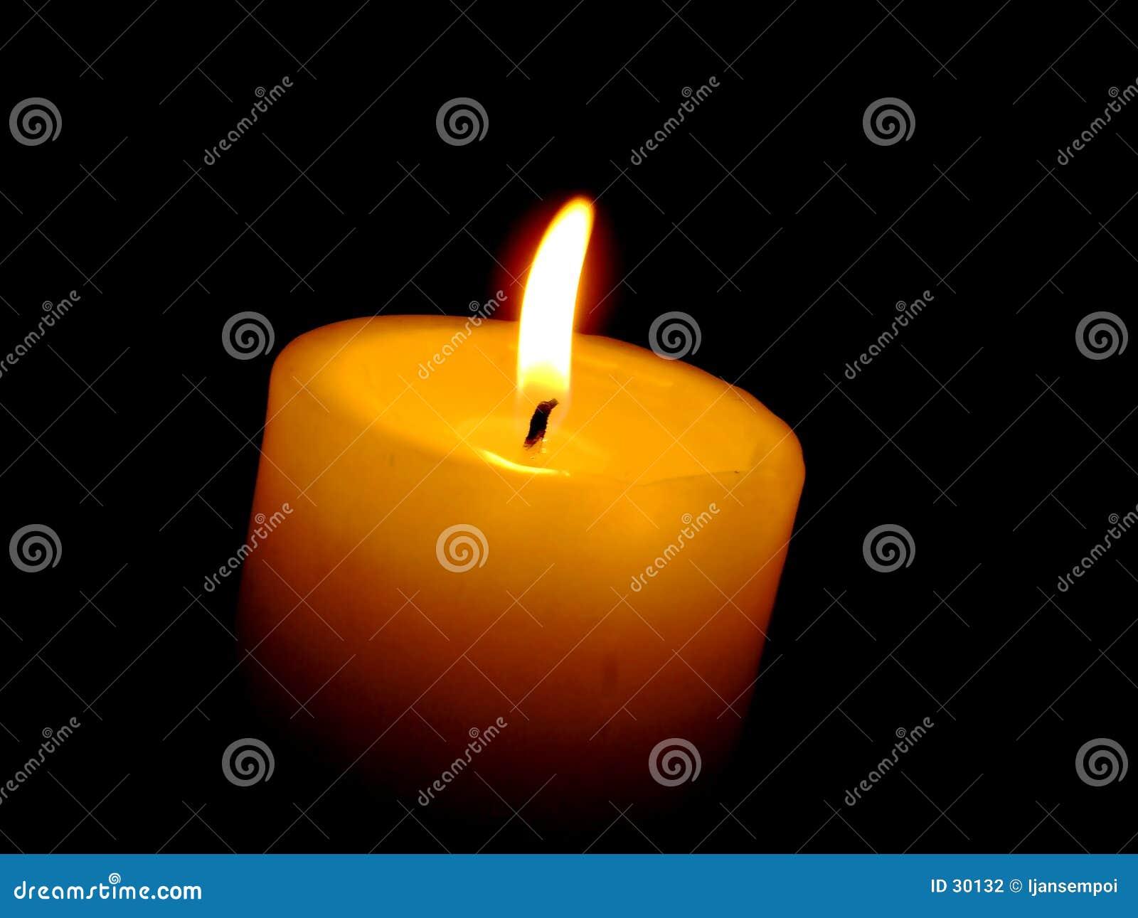 Download Luz de la vela foto de archivo. Imagen de calor, amor, aislado - 30132