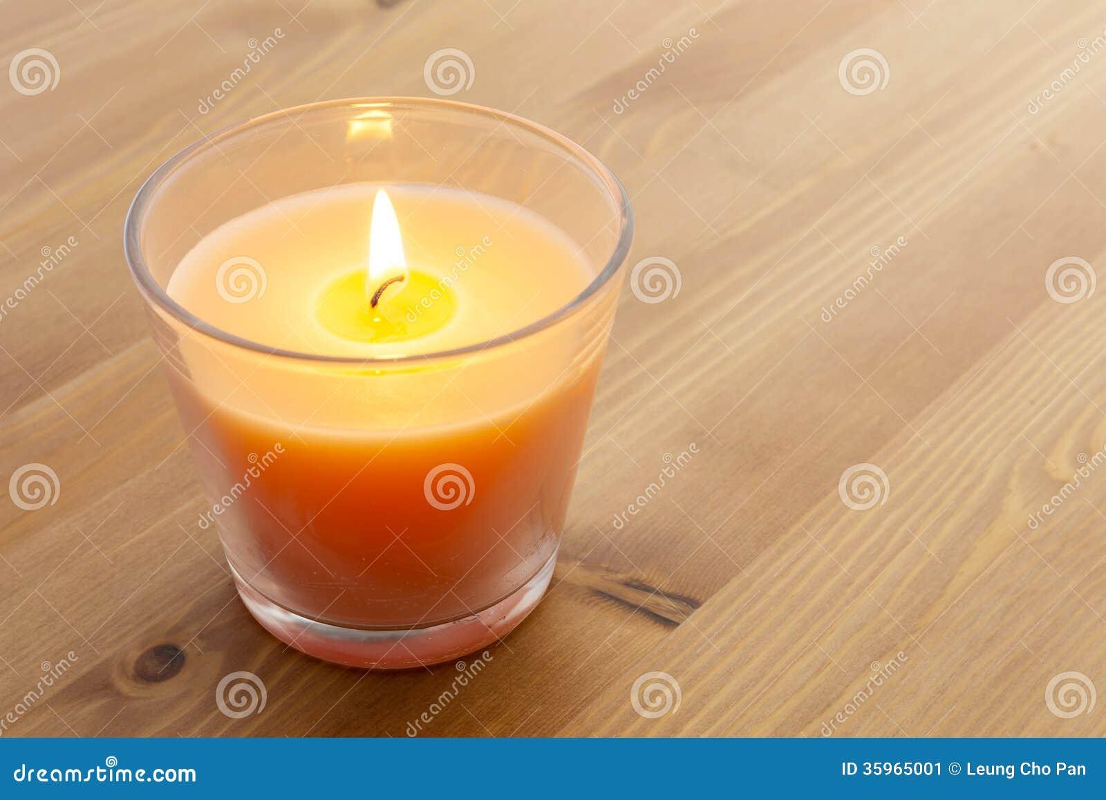 Luz de una vela