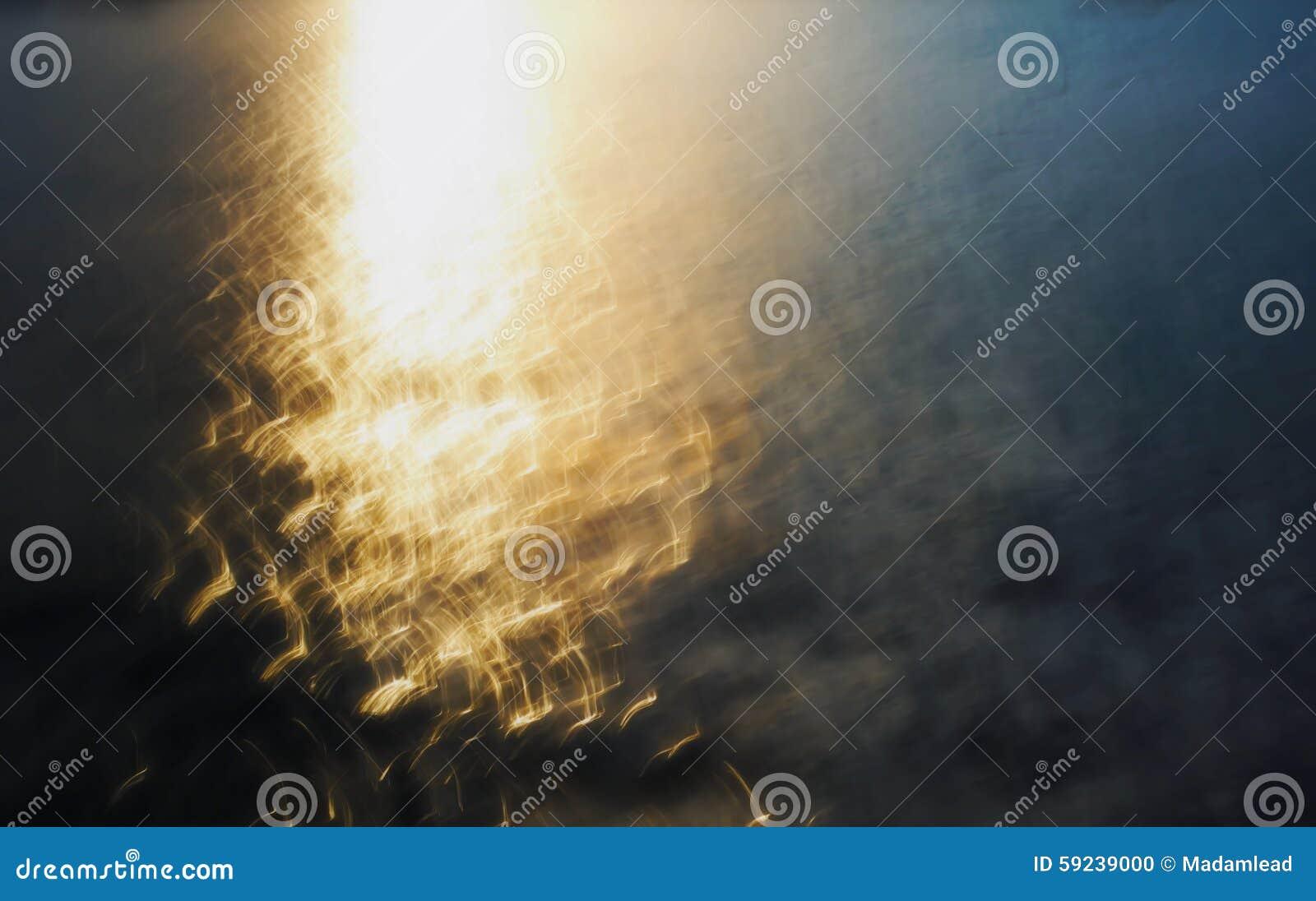 Download Luz Del Movimiento Del Agua En El Mar Foto de archivo - Imagen de cielo, lago: 59239000