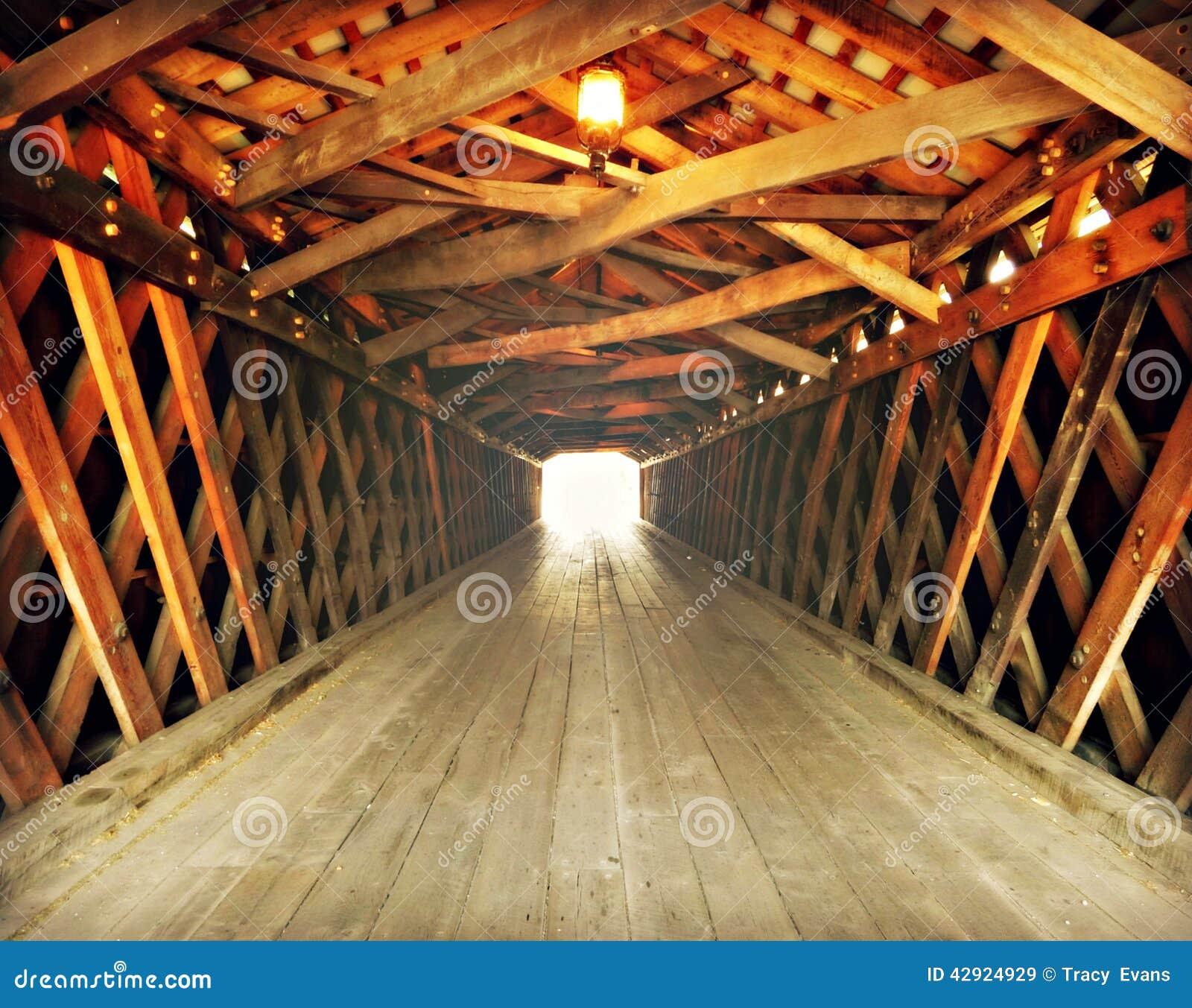Luz na extremidade do túnel