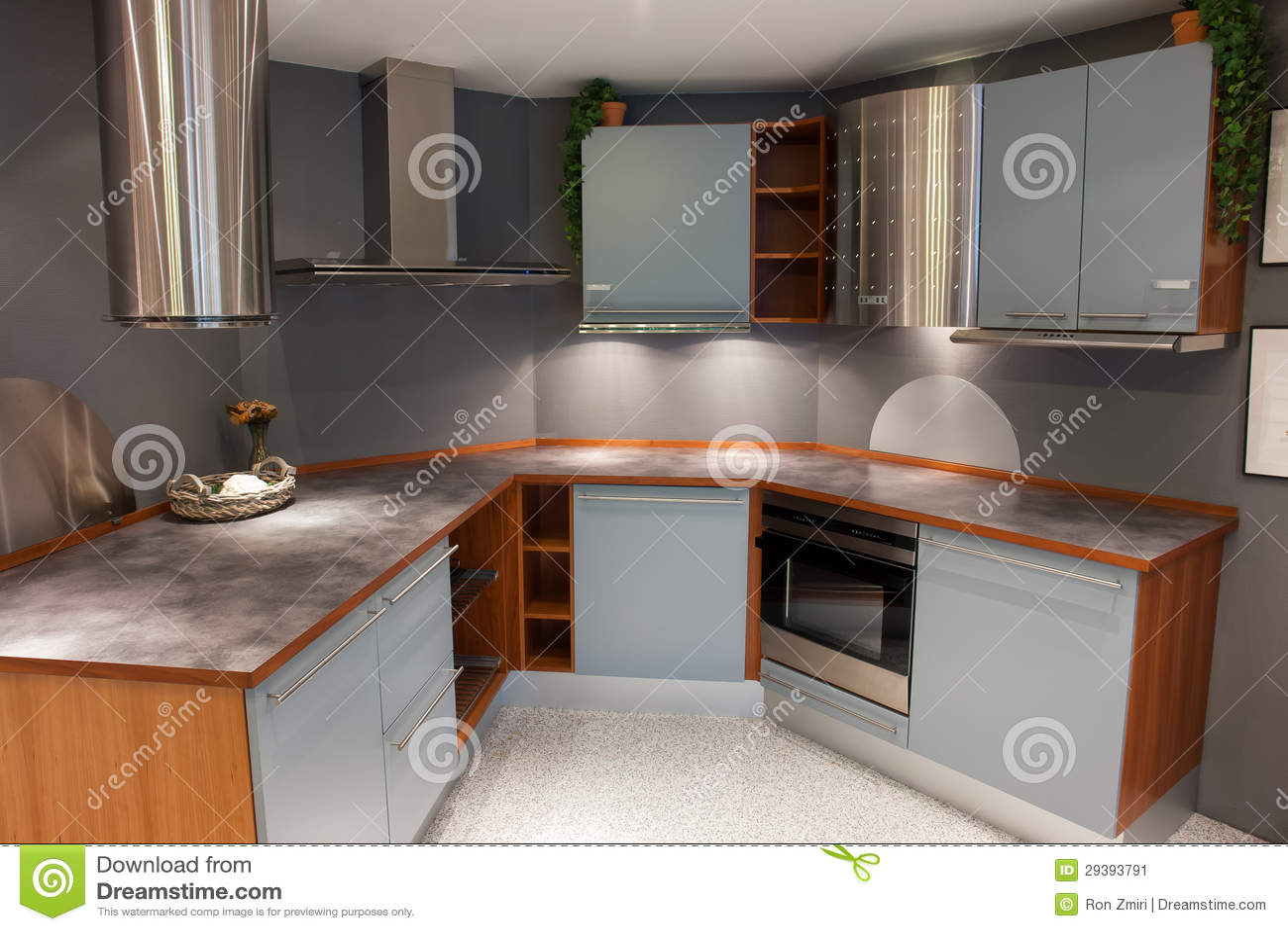 Imagem de Stock: Luz na moda moderna do projeto cozinha de madeira  #81A229 1300 957