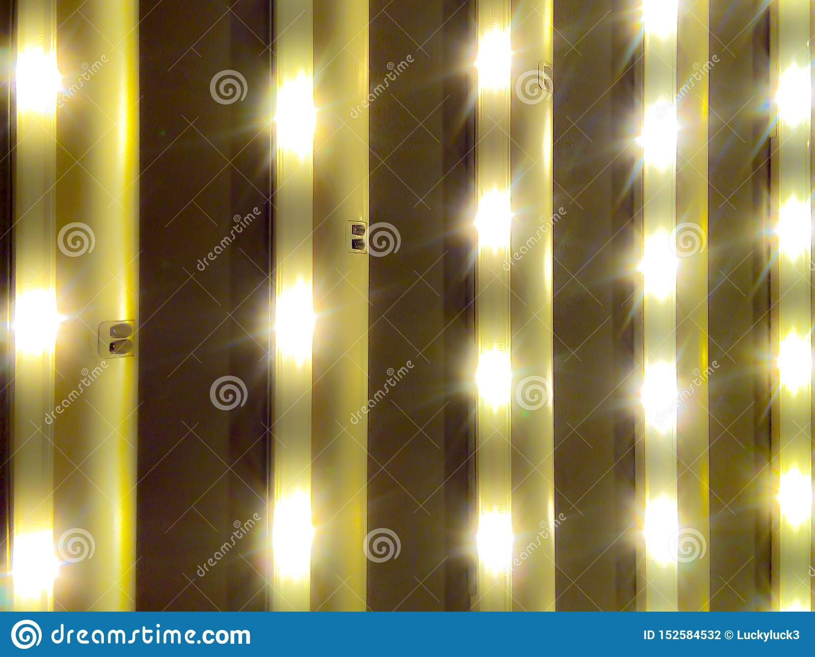 Luzes das lâmpadas conduzidas úteis para todos os tipos do negócio
