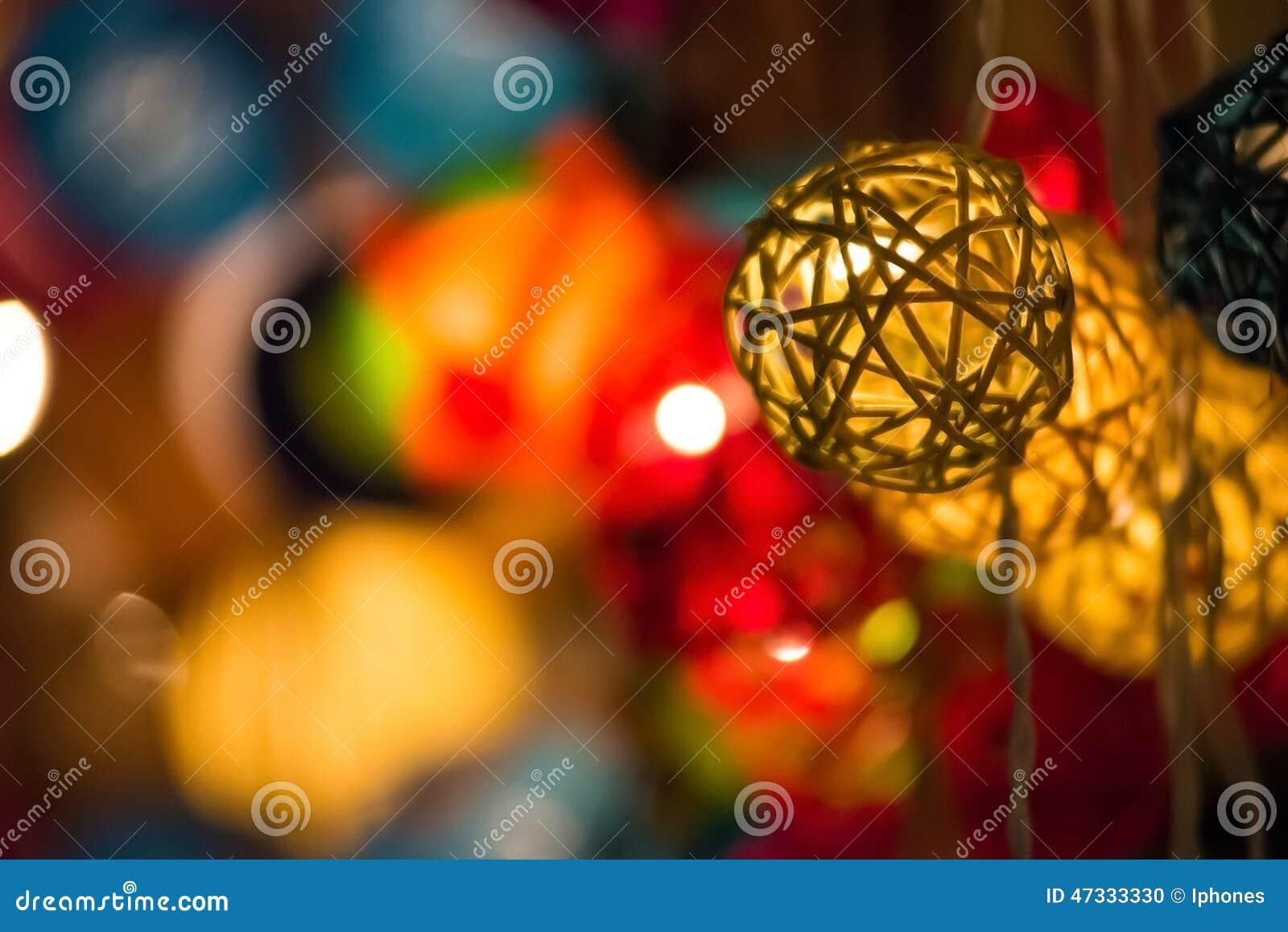 Luzes de Natal de incandescência coloridas