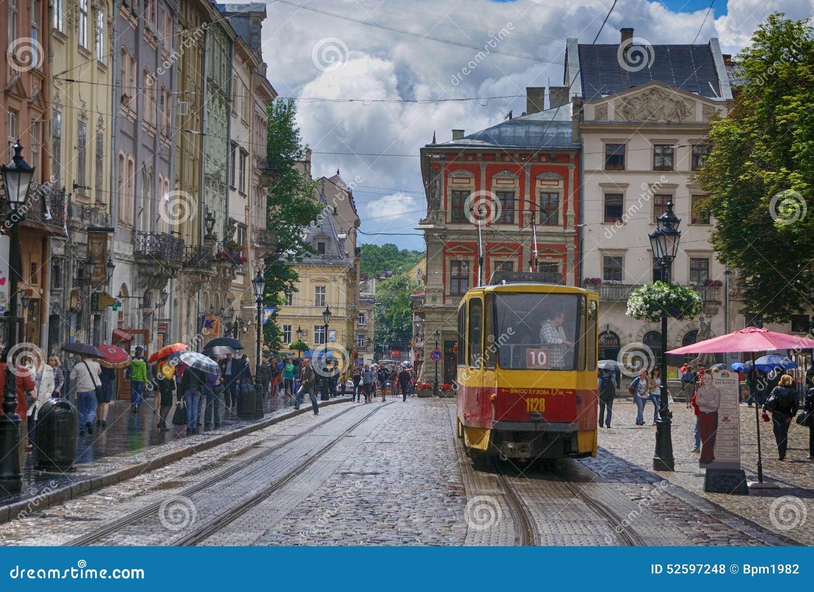 Lviv - 4 Juni, 2013: Lviv - het historische centrum van de Oekraïne