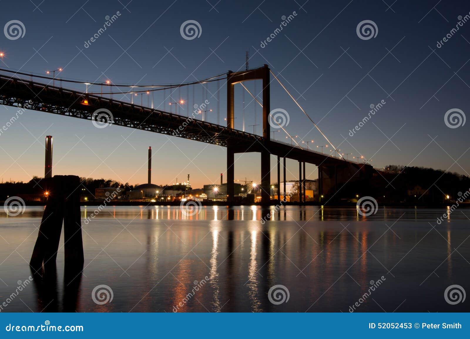 """Lvsborgs γέφυρα Ã """"τή νύχτα"""