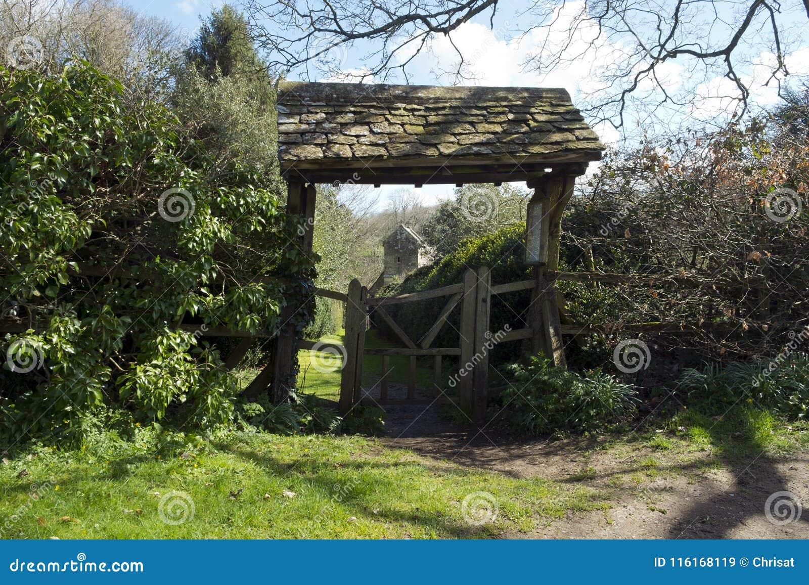 Lychgate, побудка Duntisbourne, Gloucestershire, Великобритания