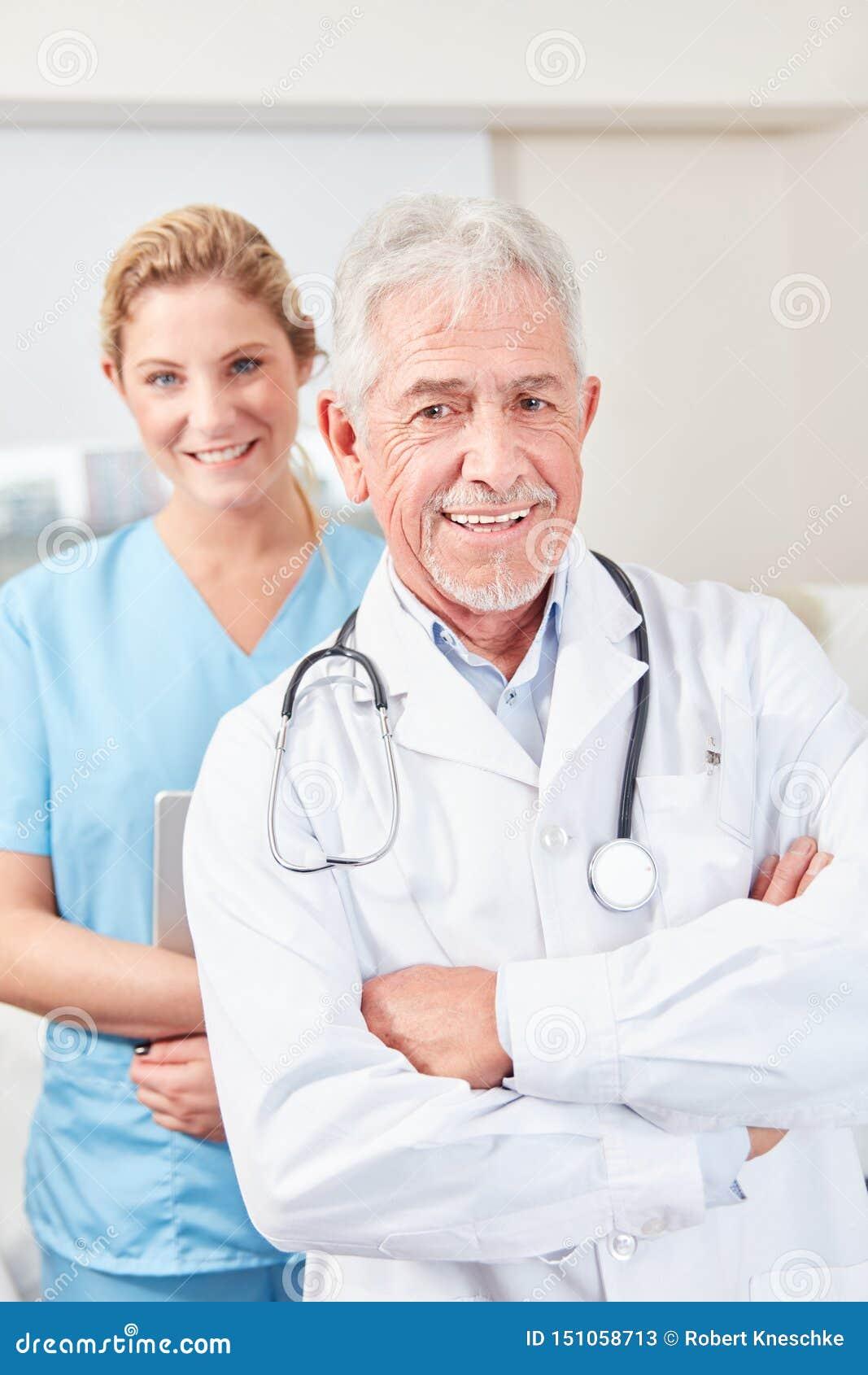 Lyckad och självsäker högsta läkare