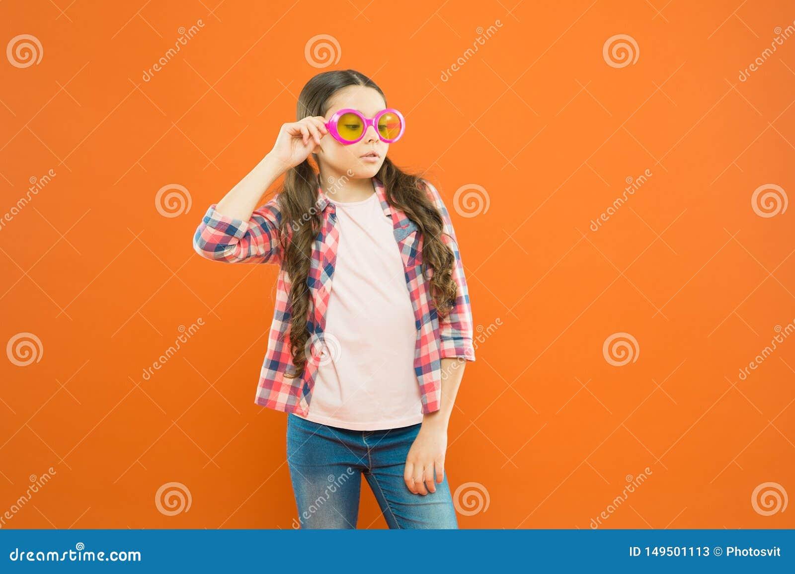 Lycklig bra synf?rm?ga f?r barn Solglas?gonsommartillbeh?r Synf?rm?ga och ?gonh?lsa Omsorgsynf?rm?ga Ultraviolett skydd