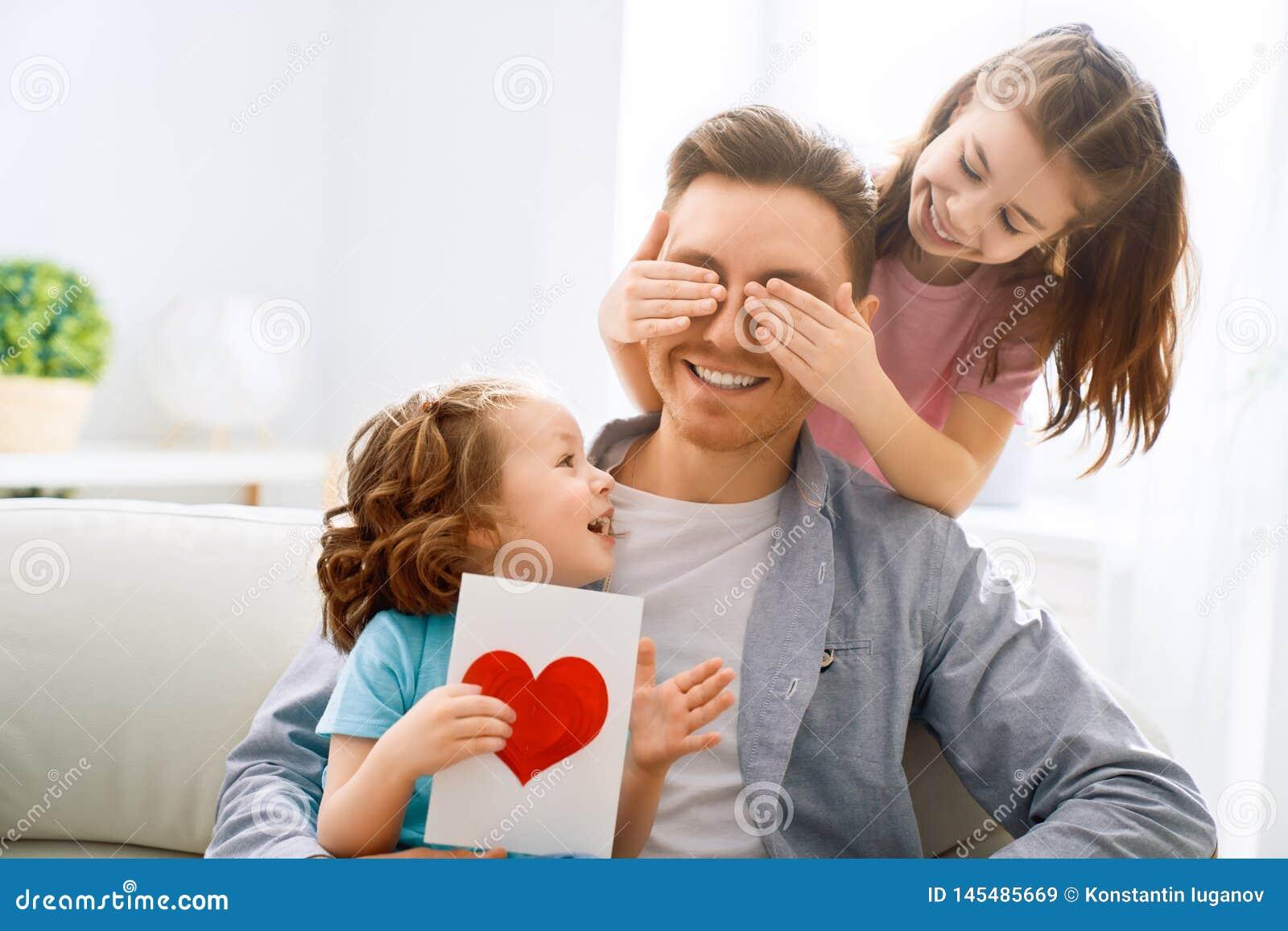 Lycklig dag f?r fader` s