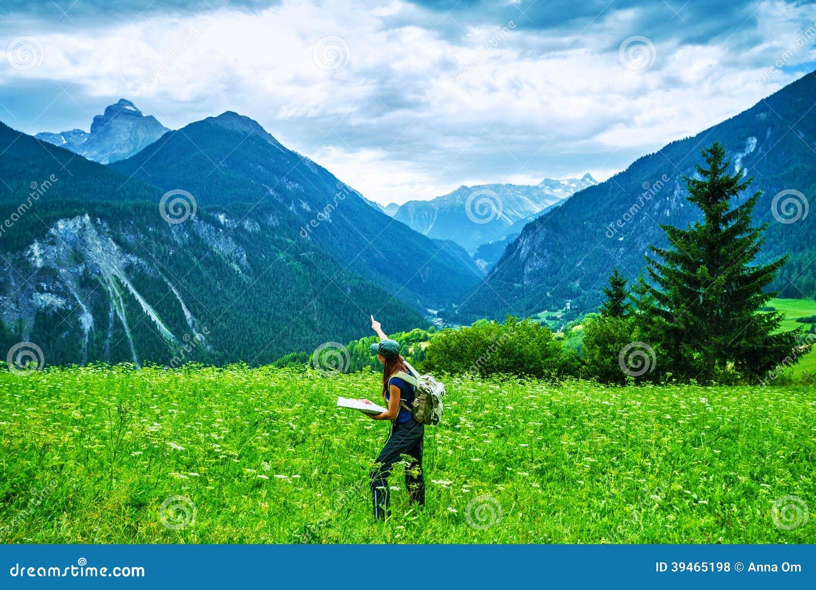 Lycklig handelsresande i bergen