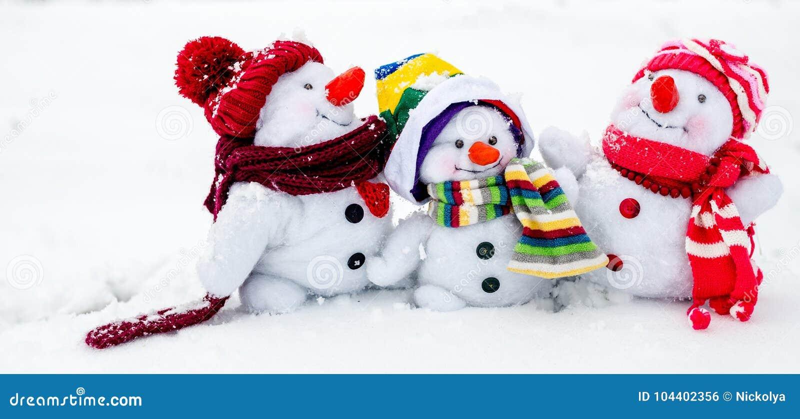 Lycklig snowman för familj