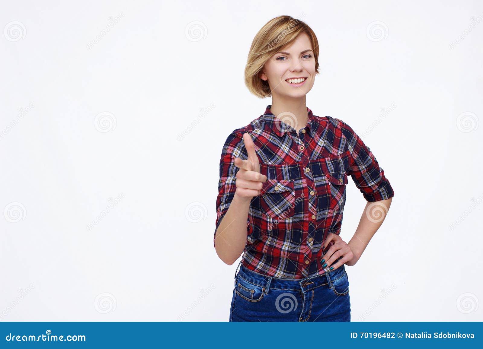 Lycklig ståendekvinna
