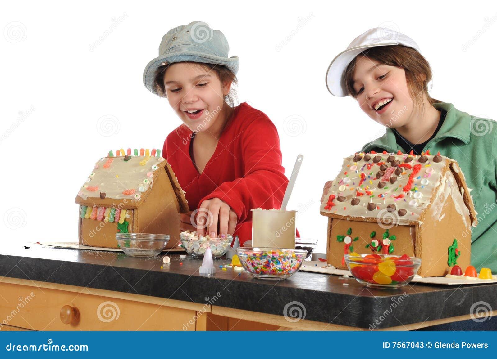 Lyckliga hustillverkare för pepparkaka