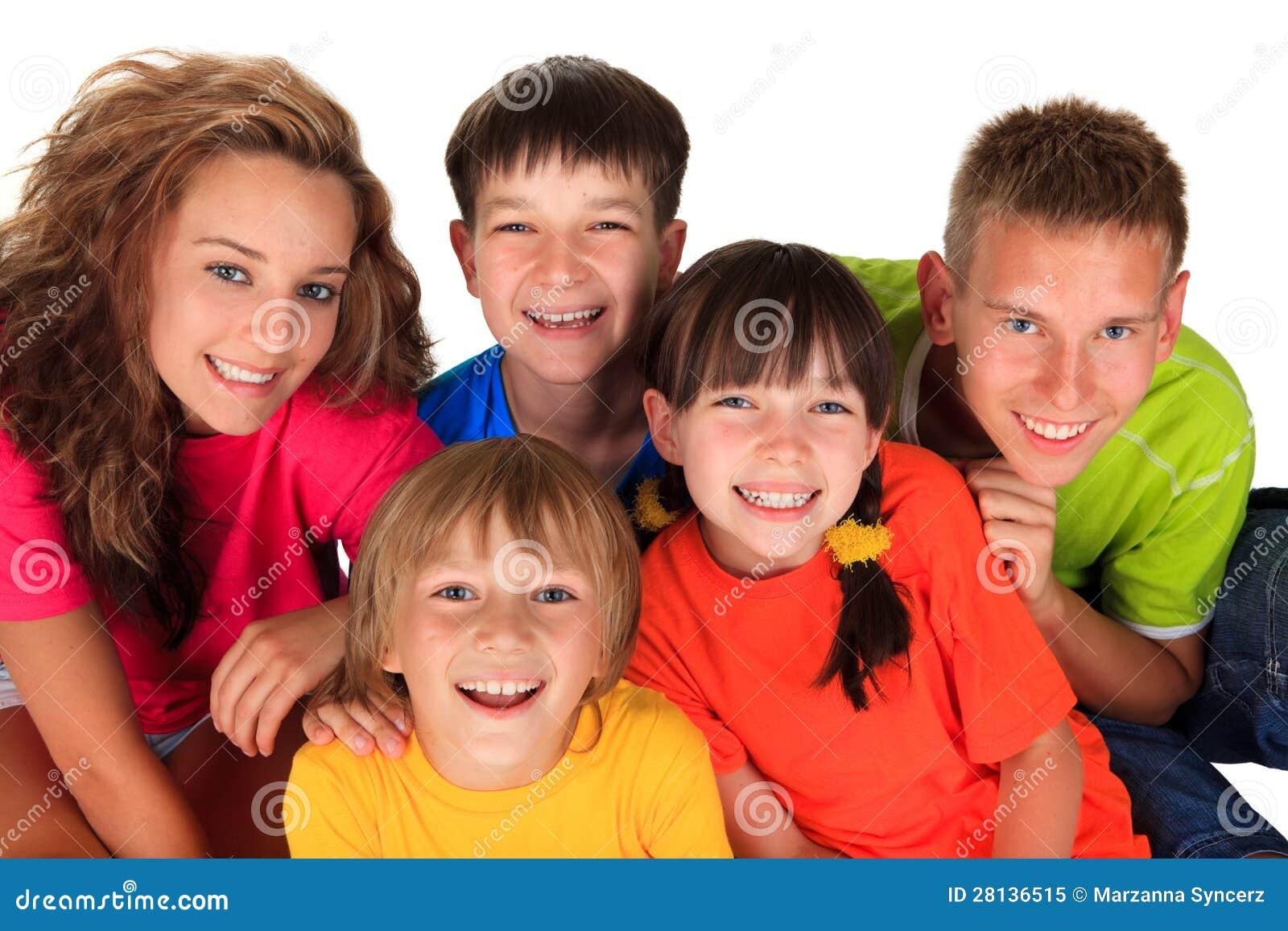 Lyckliga systrar och bröder