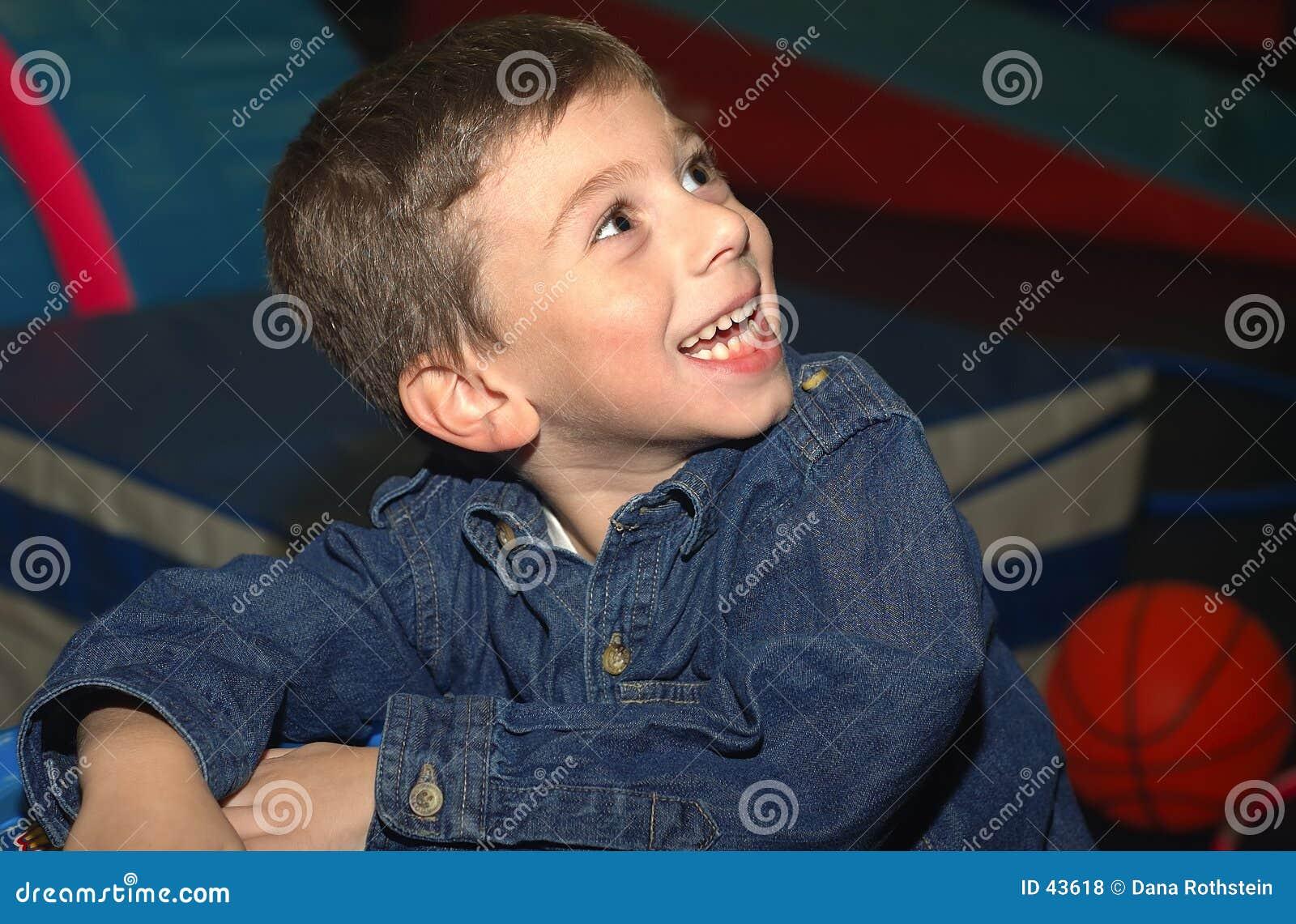 Lyckligt barn