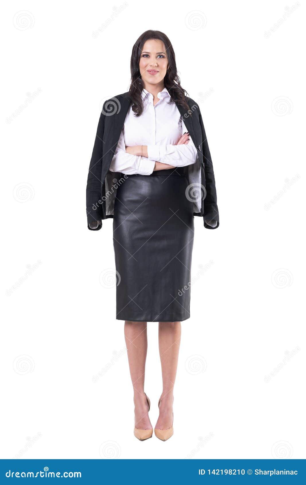 Lyckligt lyckat bärande lag för affärskvinna på skuldra med korsade armar