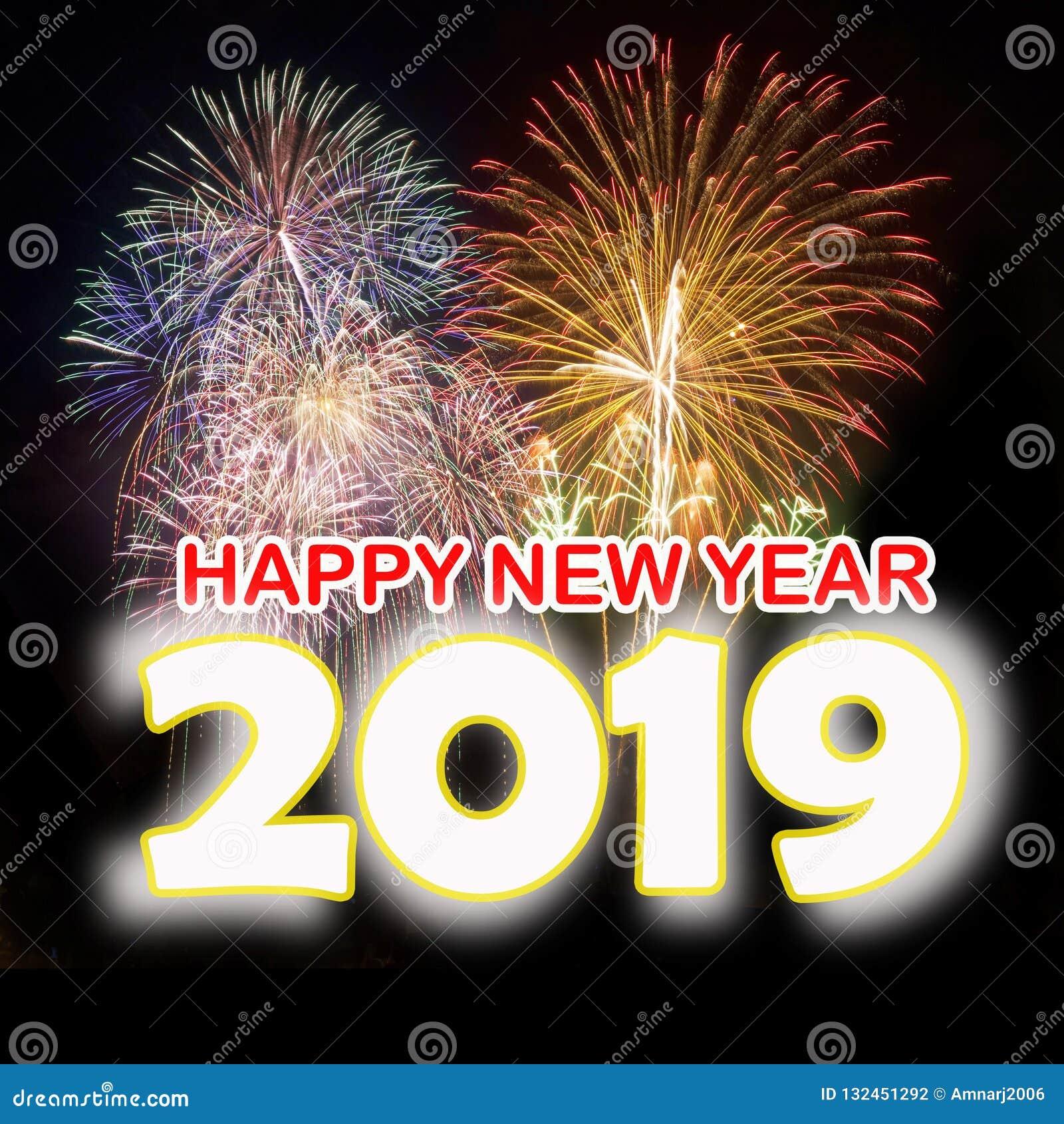 Lyckligt nytt år 2019 med färgrika fyrverkerier
