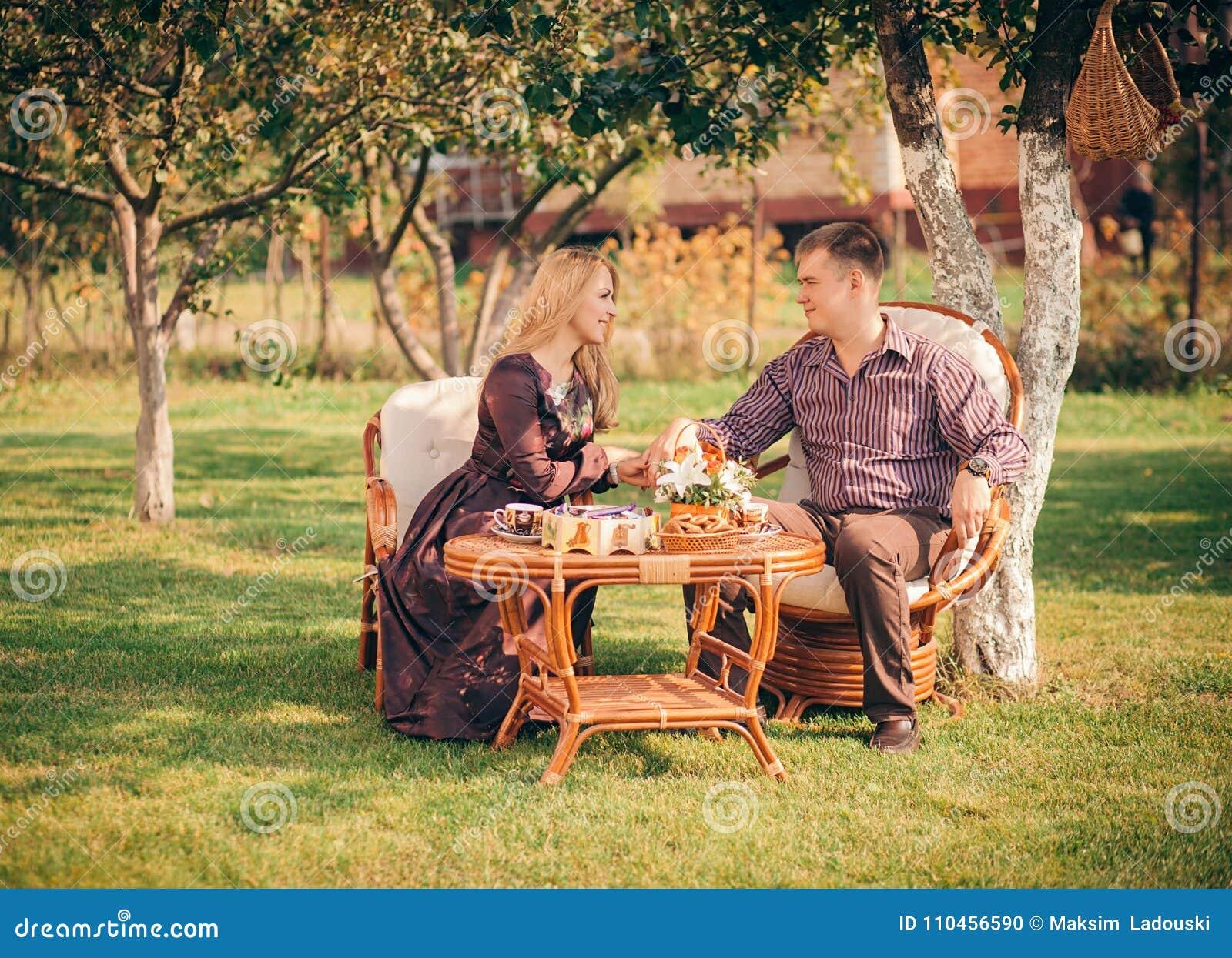 Lyckligt parsammanträde på tabellen