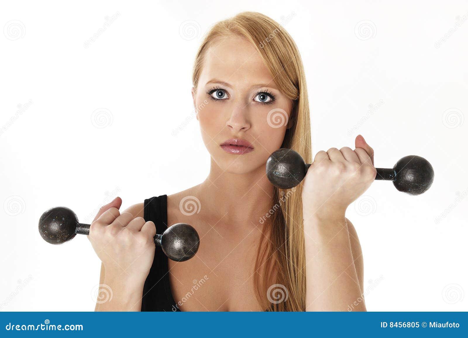 Lyftande viktkvinna