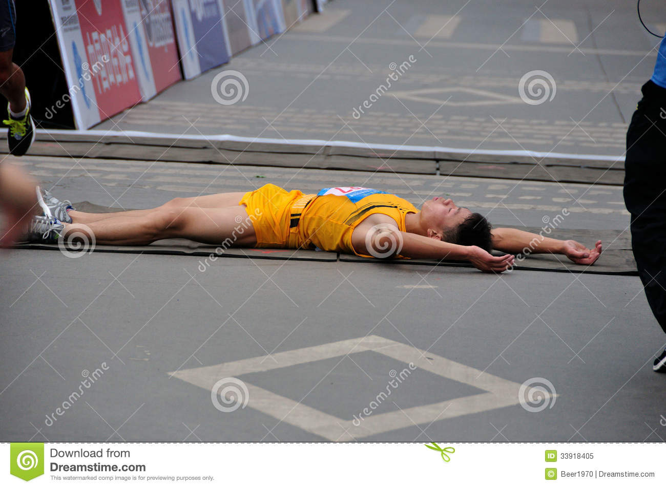 Lying On The Ground Of The Runner Editorial Image - Image ...