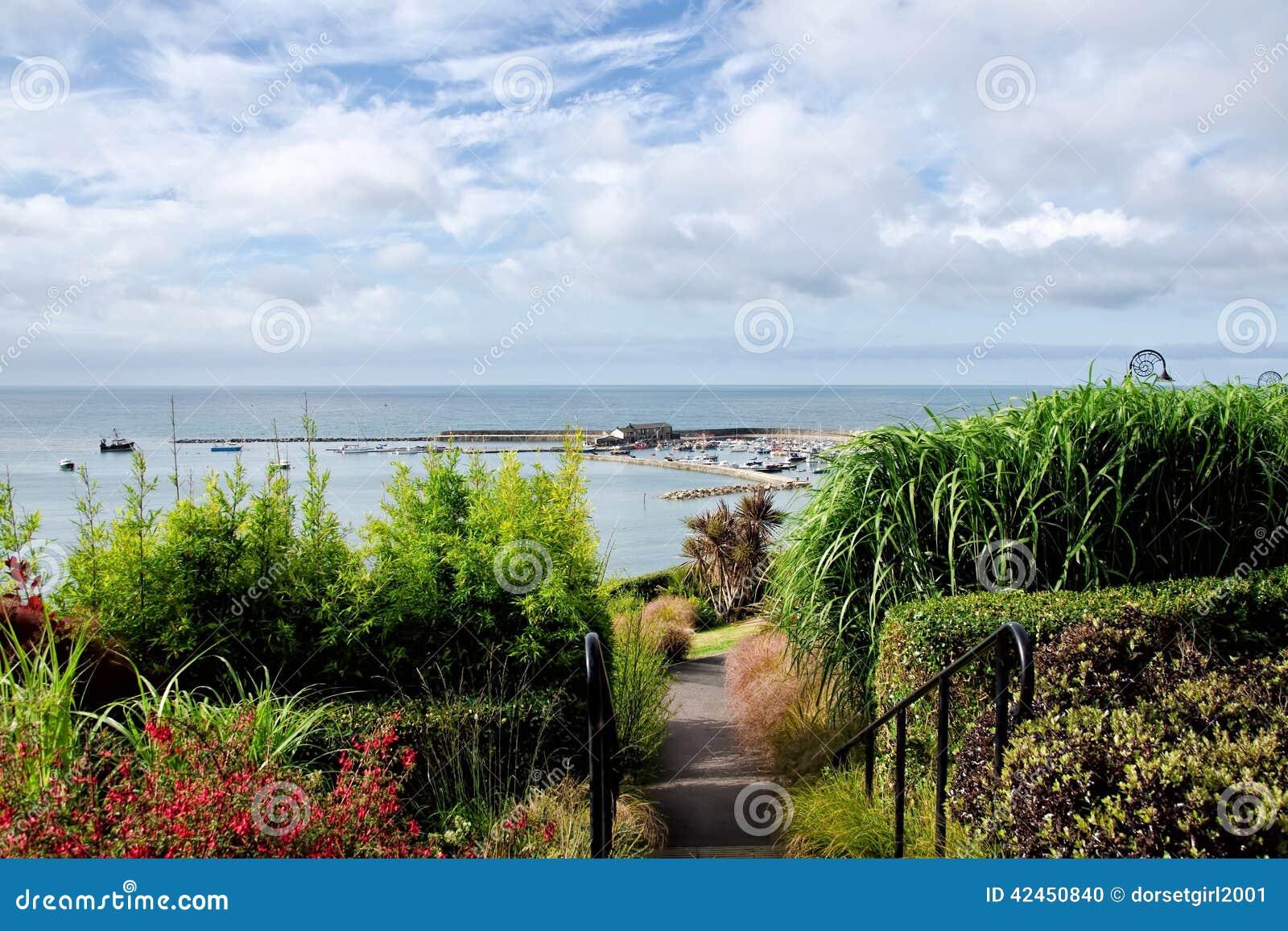 Lyme Regis Overview