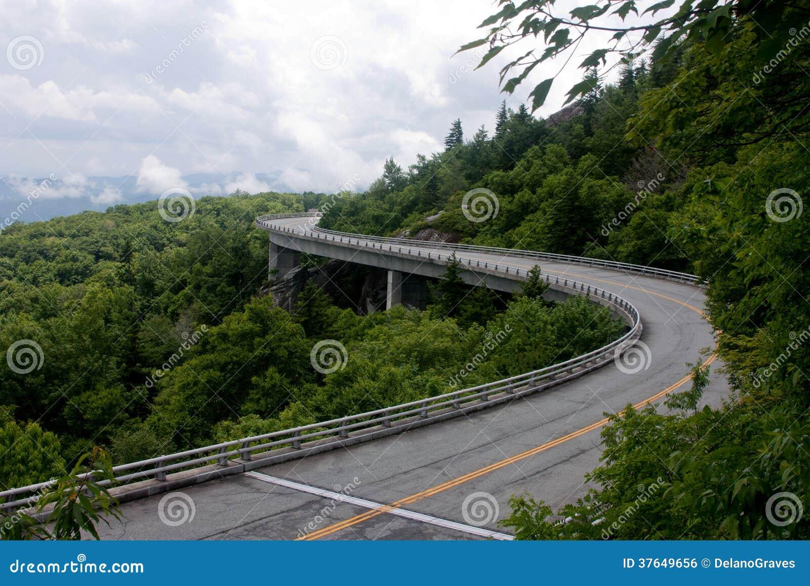Lynn Cove viaduct,