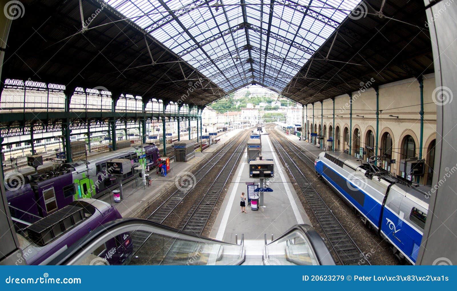 Lyon stångstation