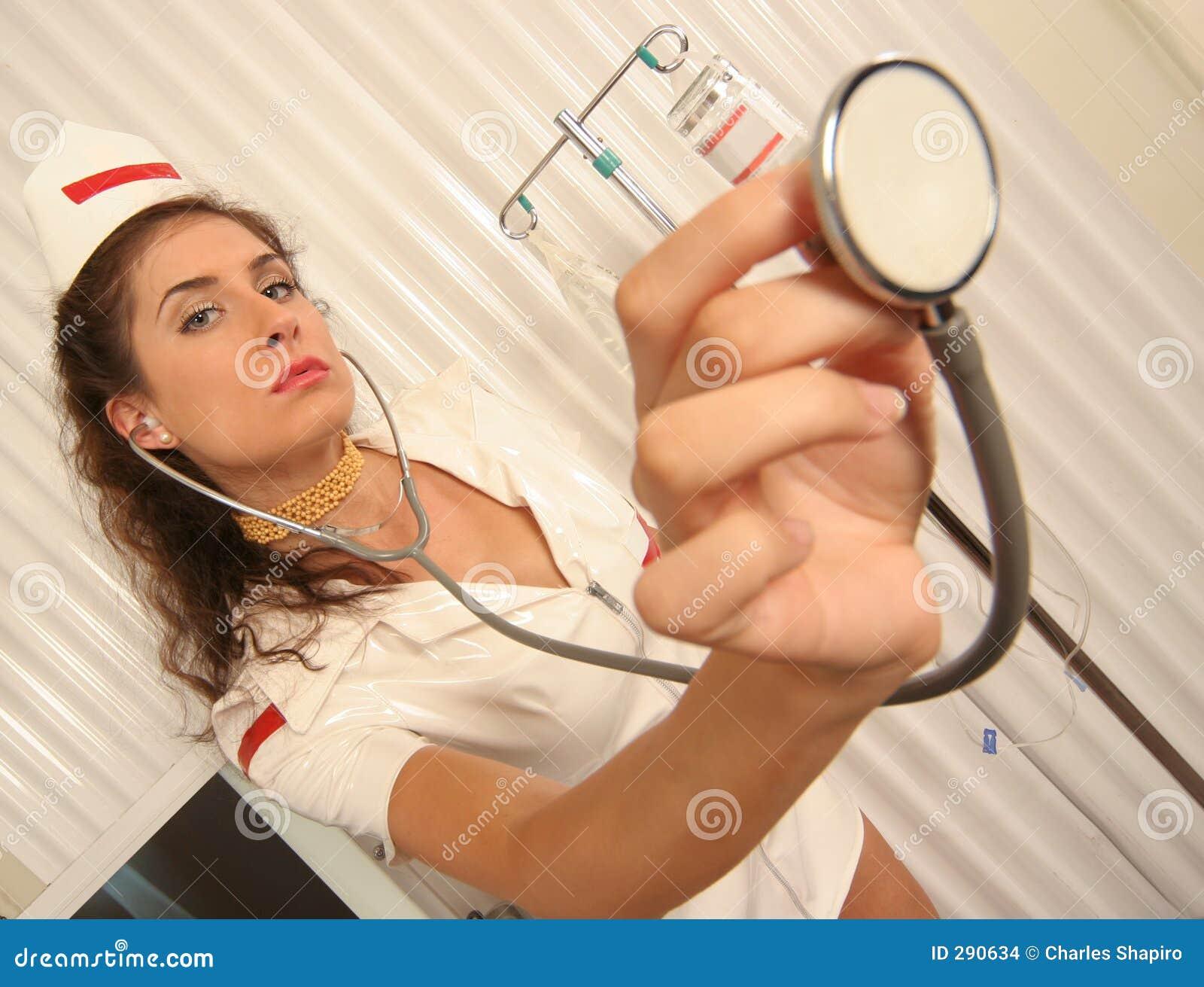 Lyssnar den klara sjuksköterskan till