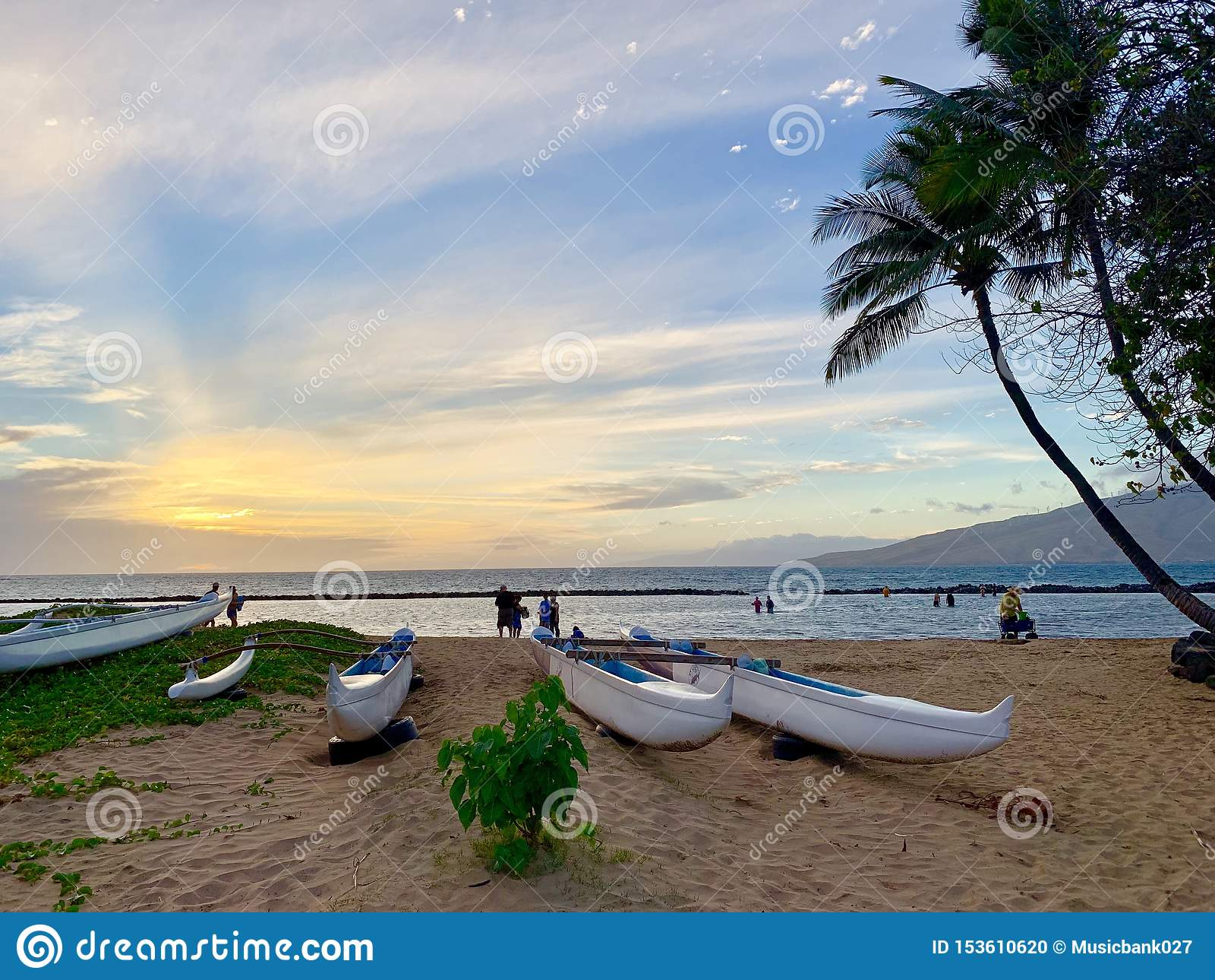 Lyxig beachfront semester för Hawaii Maui ö - solnedgång