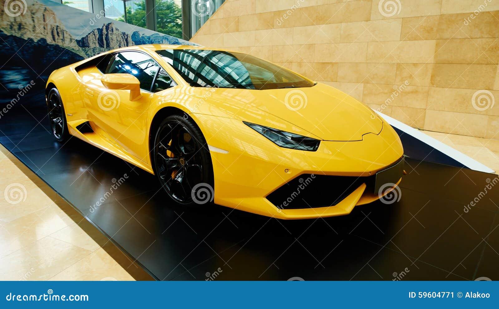 Lyxig sportbil