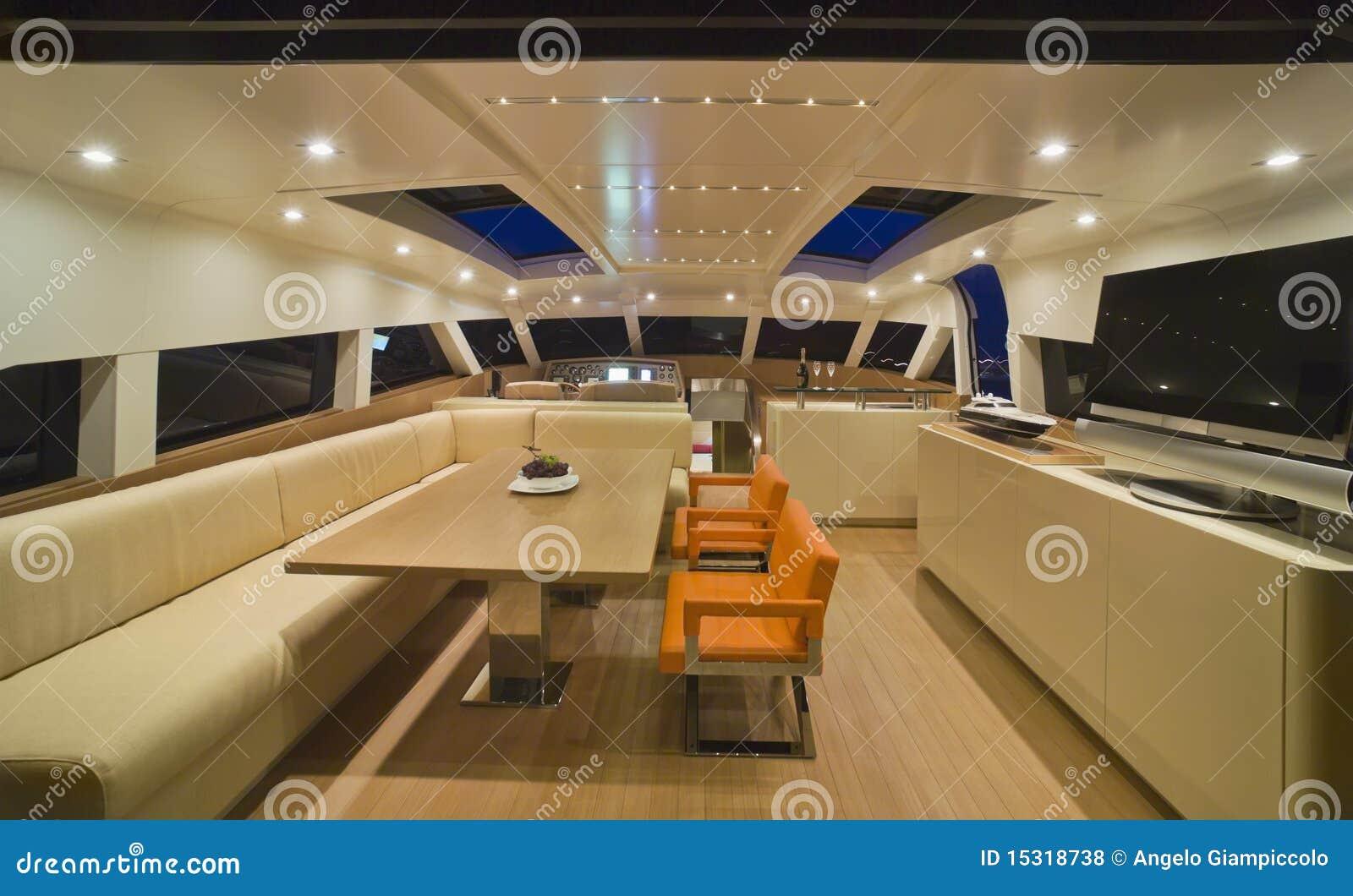 Lyxig yacht för kontinental dinette 80
