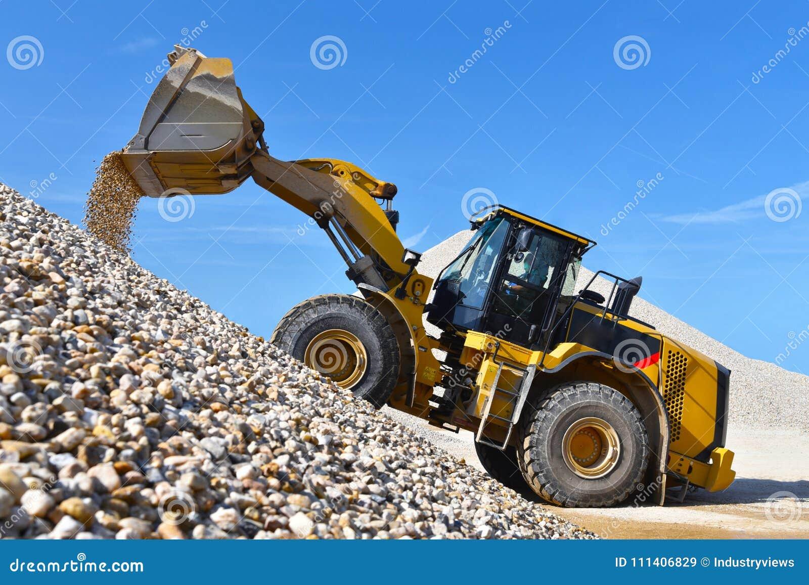 Máquina da construção pesada na mineração do aberto-molde - rode o carregador tr