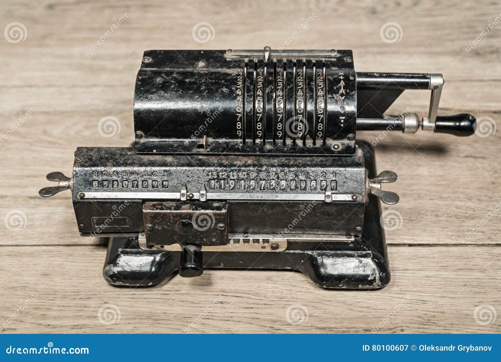 Máquina de contagem manual mecânica velha