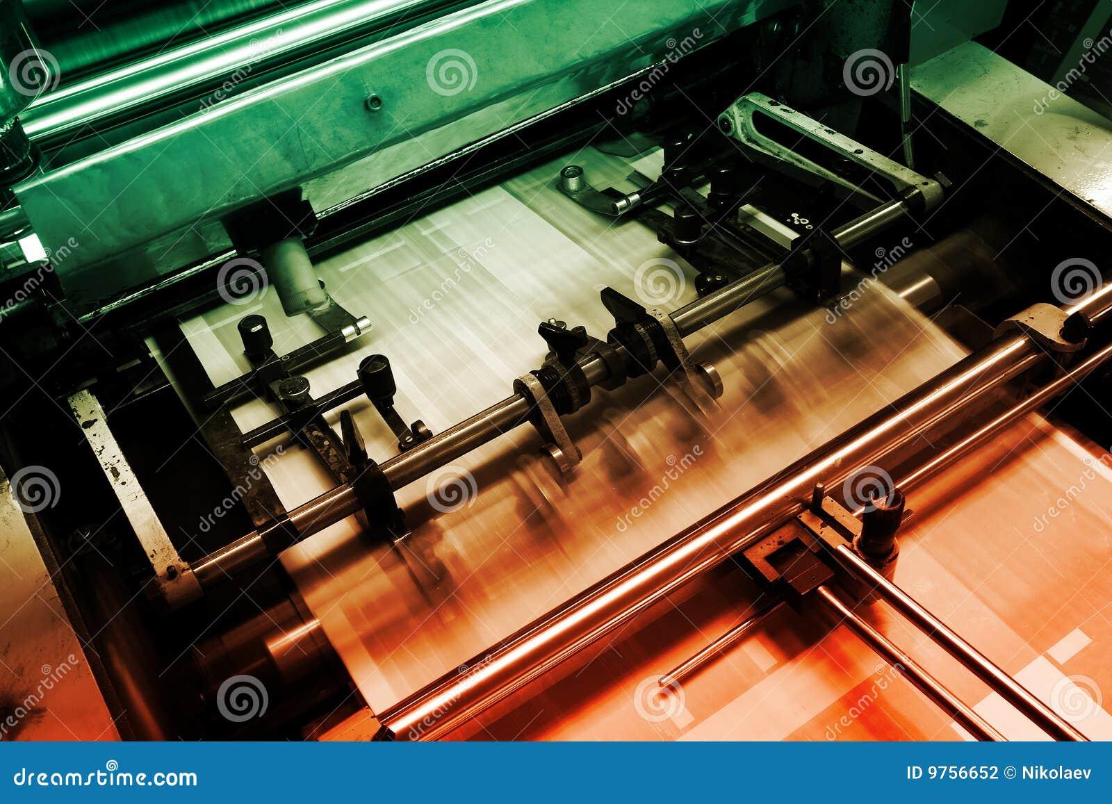 Máquina de impresión en offset