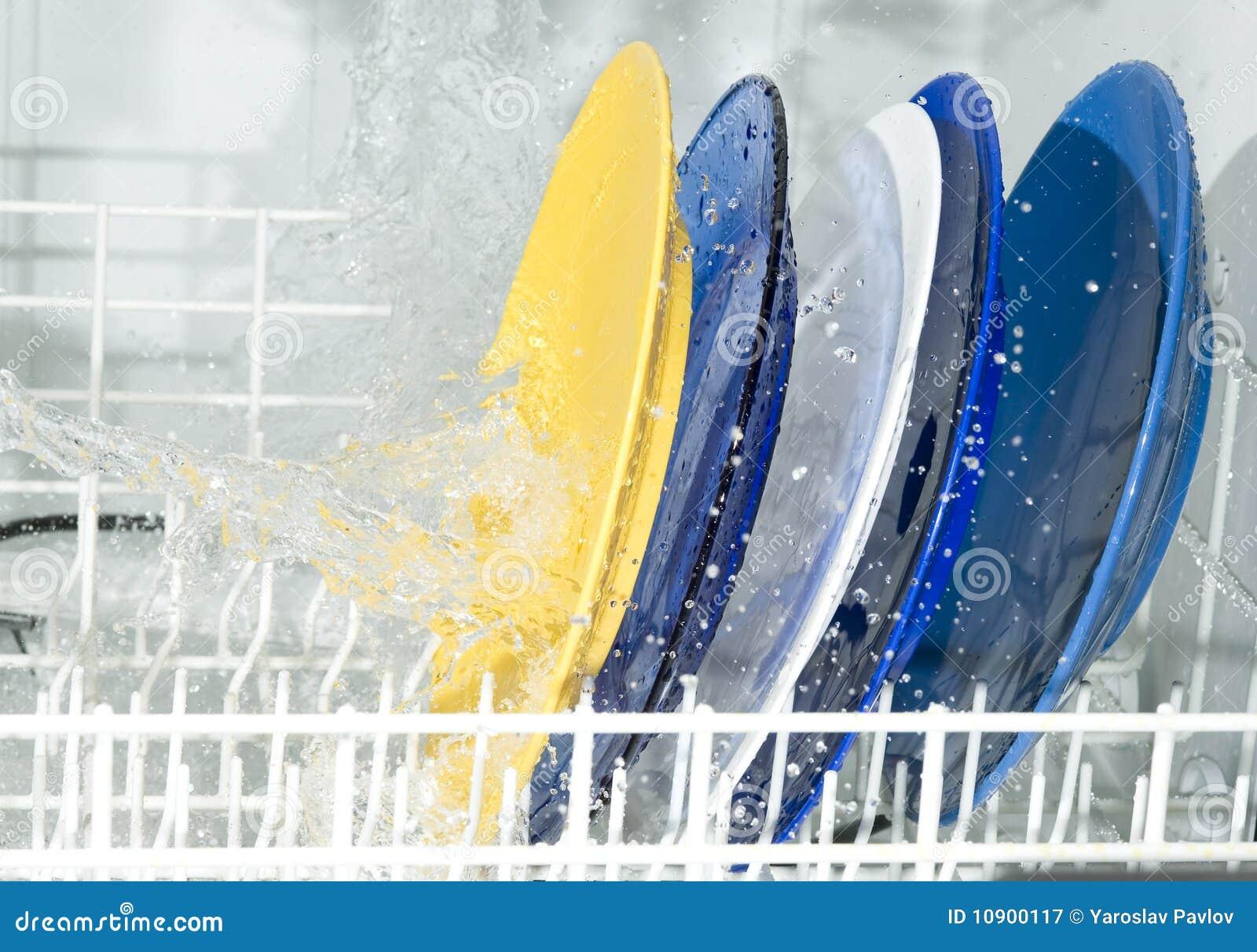 Máquina de lavaplatos
