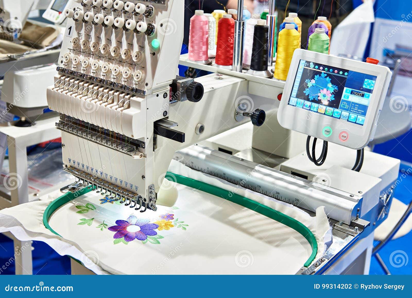 Máquina Industrial Do Bordado Foto de Stock - Imagem de embroidery ... 93770a31c06