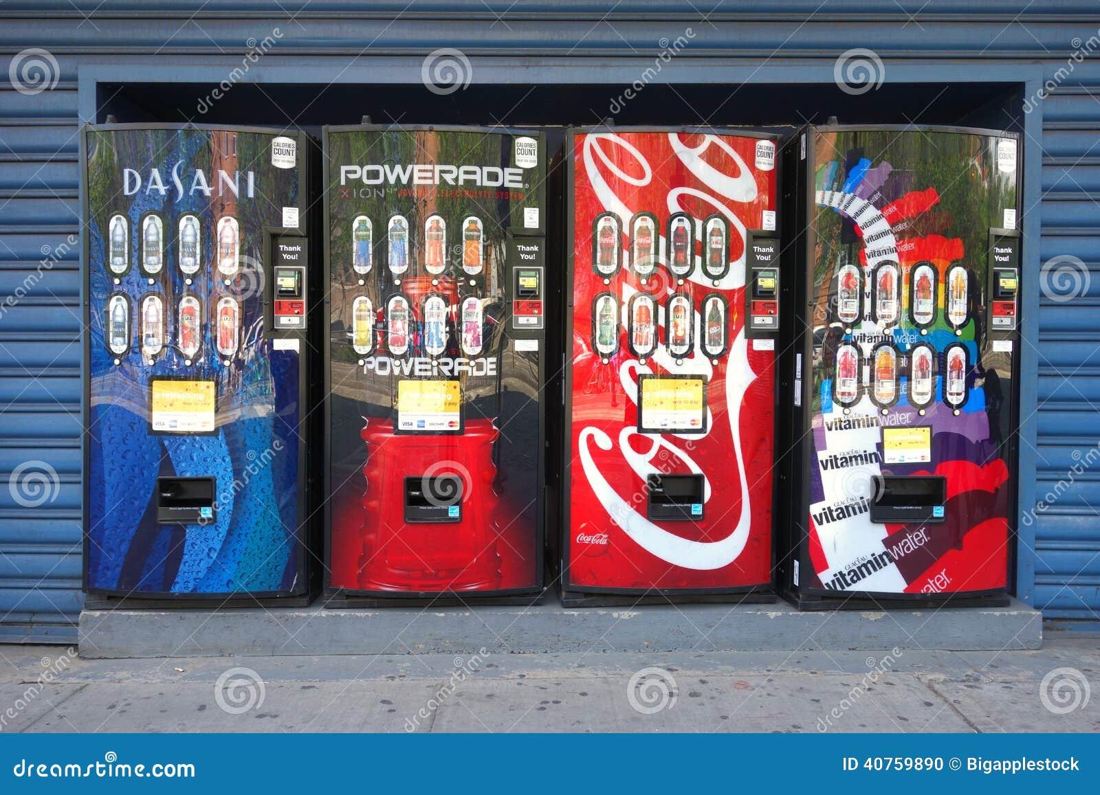 M quinas expendedoras de la bebida imagen editorial - Maquinas expendedoras de alimentos y bebidas ...