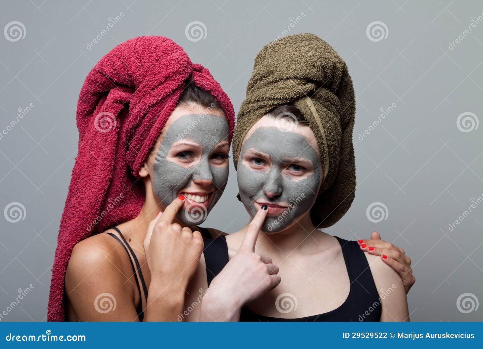 Máscara do facial da argila