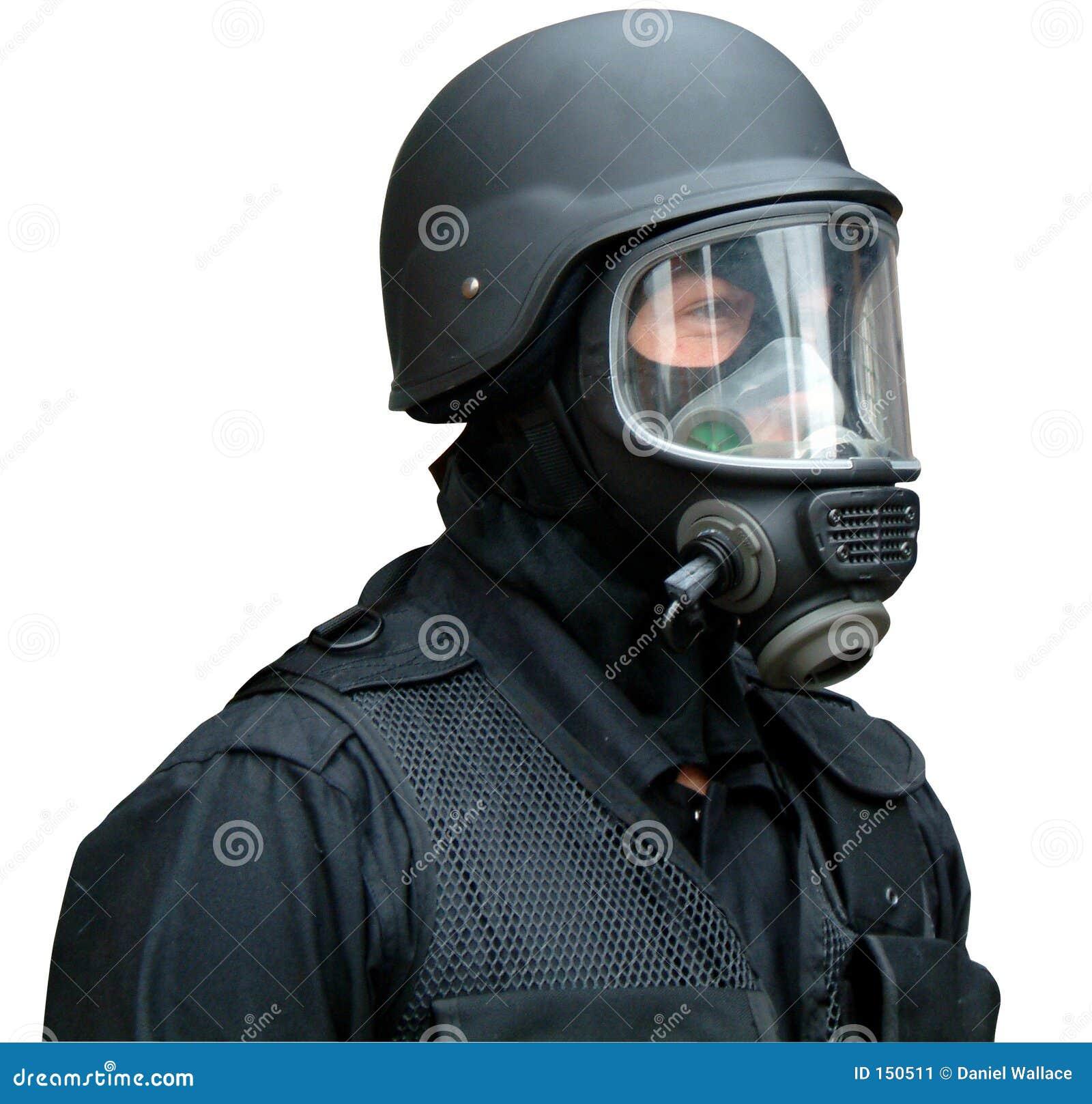 Máscara e capacete de gás