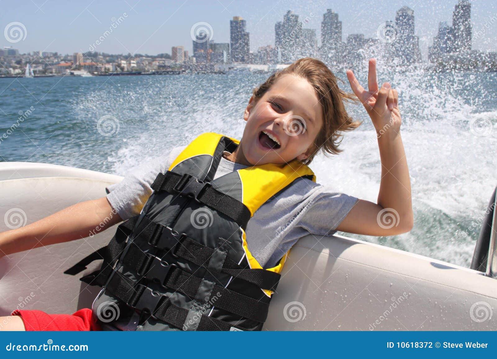 Máximo en barco