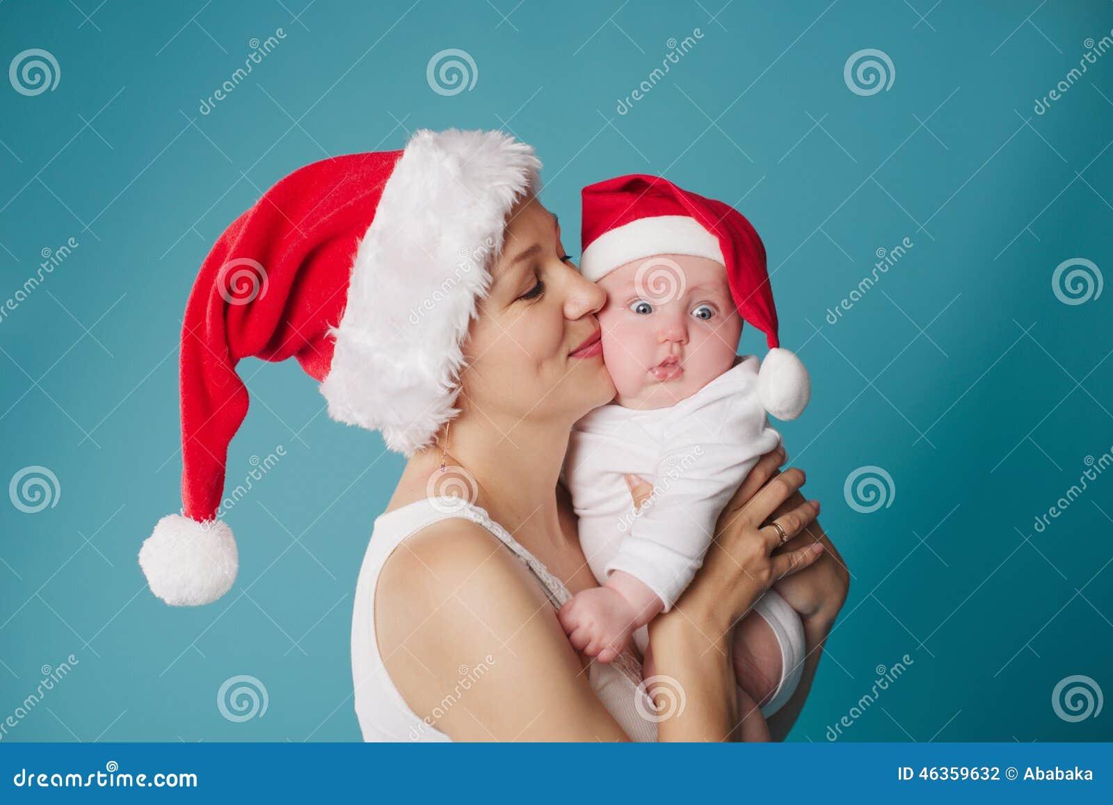 Mãe feliz com seu bebê
