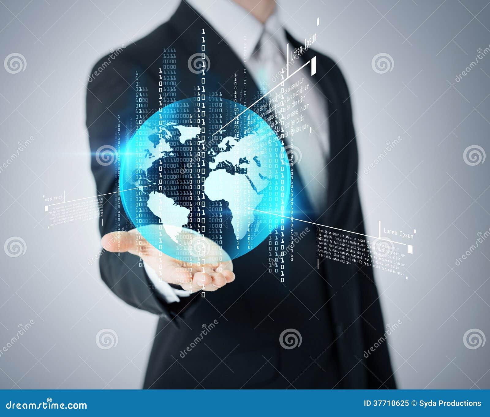 Mão de Businessmans que mostra o globo da terra