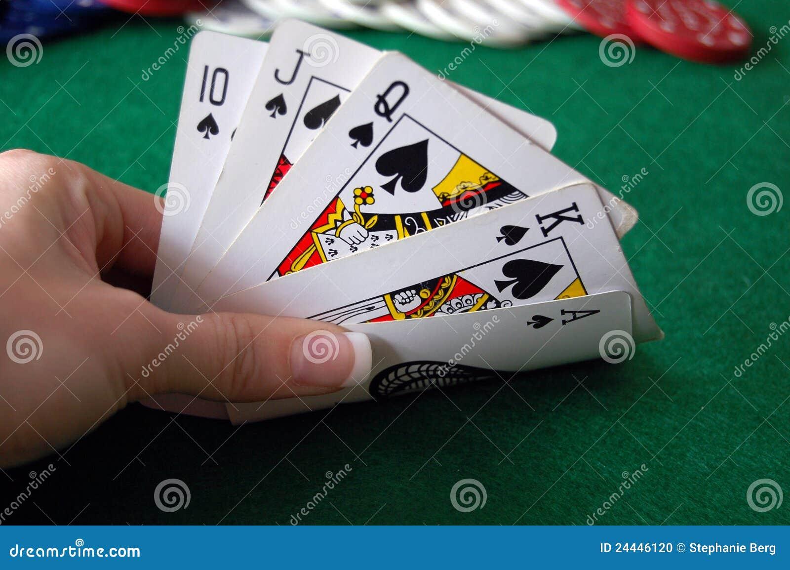 Mão do póquer com microplaquetas